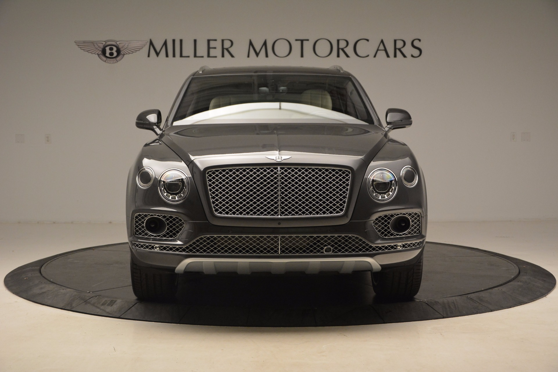 New 2018 Bentley Bentayga Signature For Sale In Greenwich, CT 1547_p12