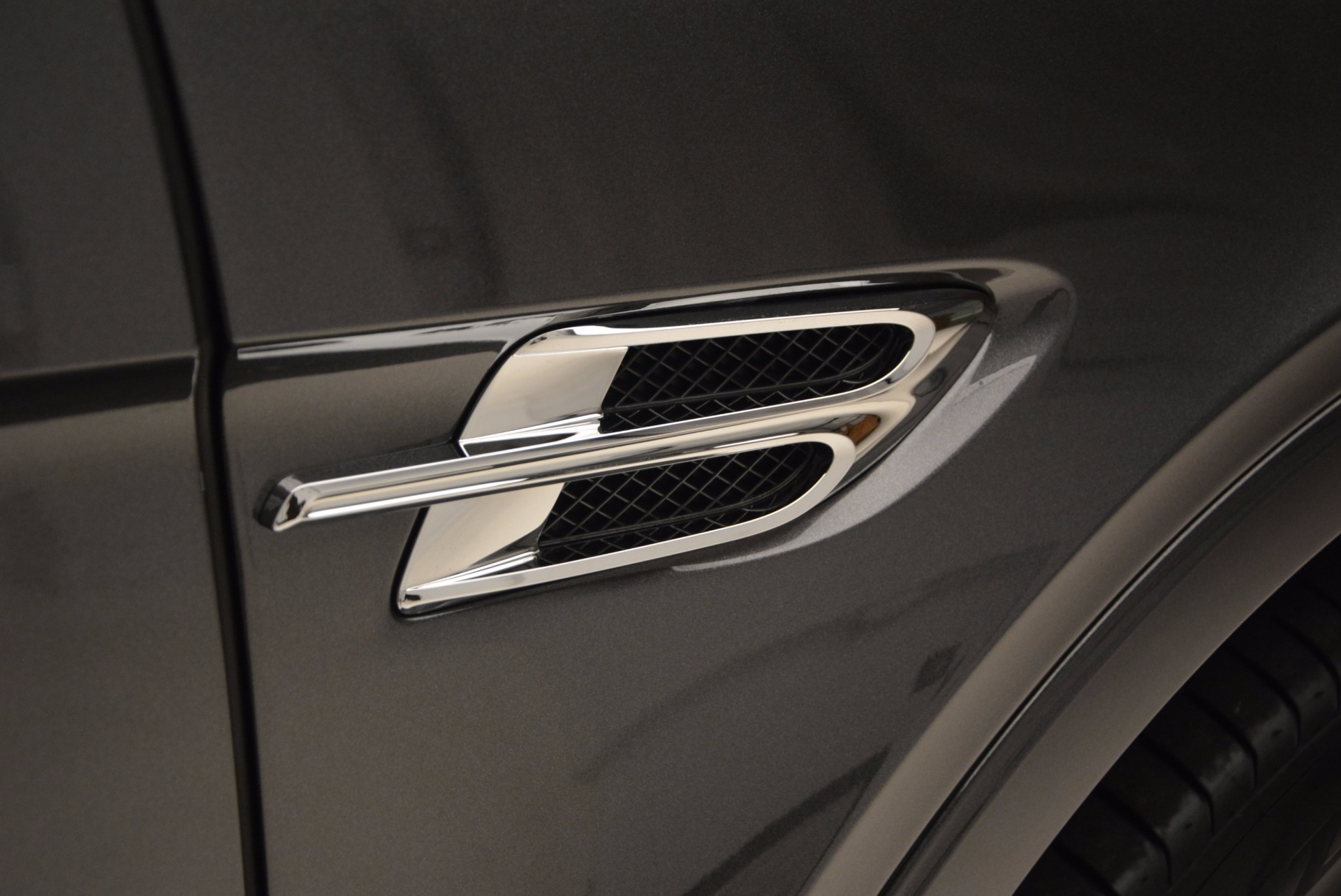 New 2018 Bentley Bentayga Signature For Sale In Greenwich, CT 1547_p18
