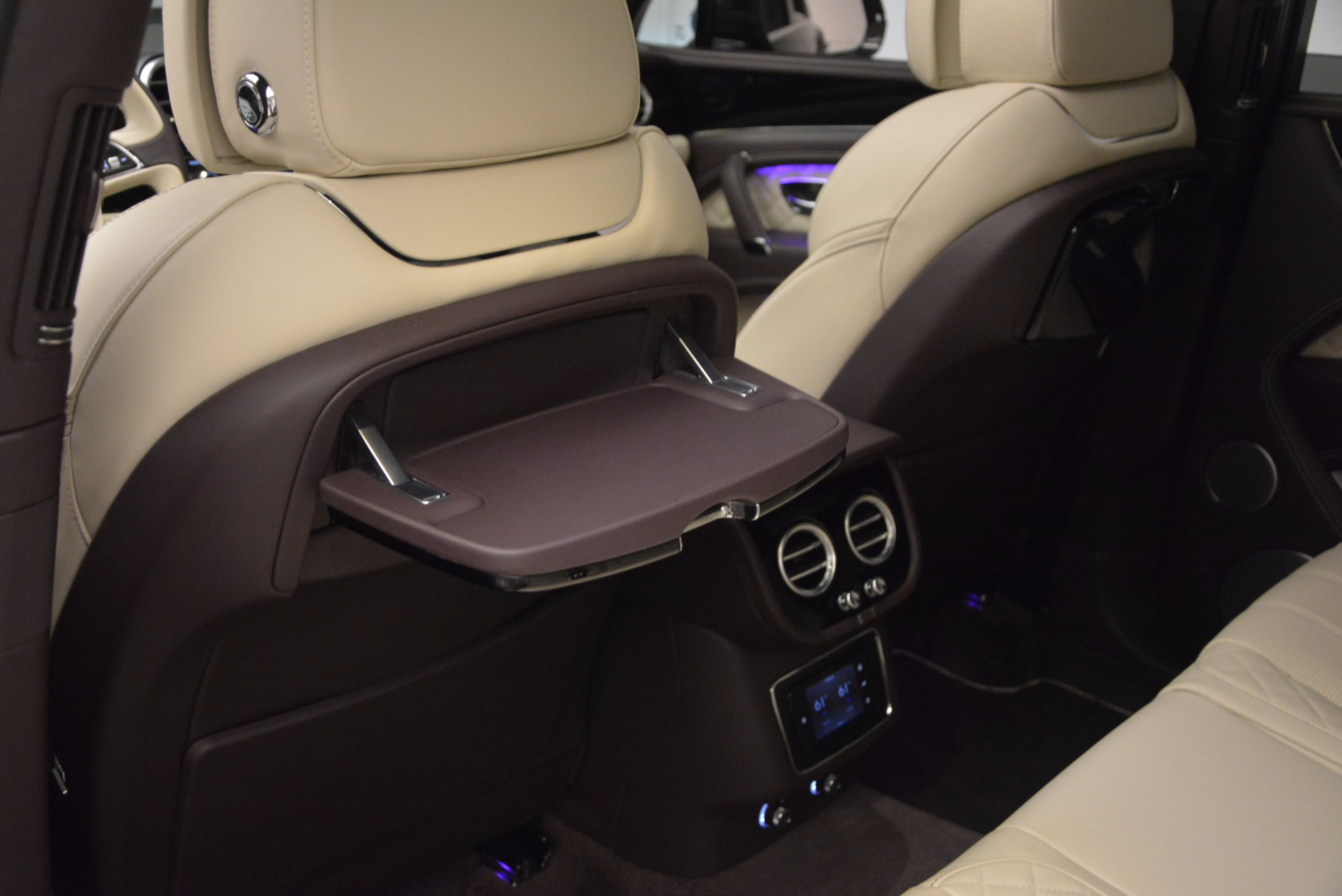 New 2018 Bentley Bentayga Signature For Sale In Greenwich, CT 1547_p33