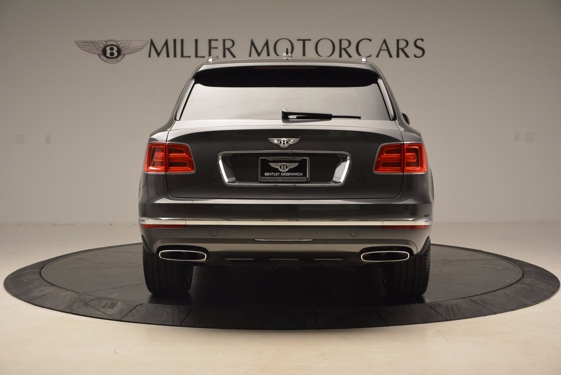 New 2018 Bentley Bentayga Signature For Sale In Greenwich, CT 1547_p6