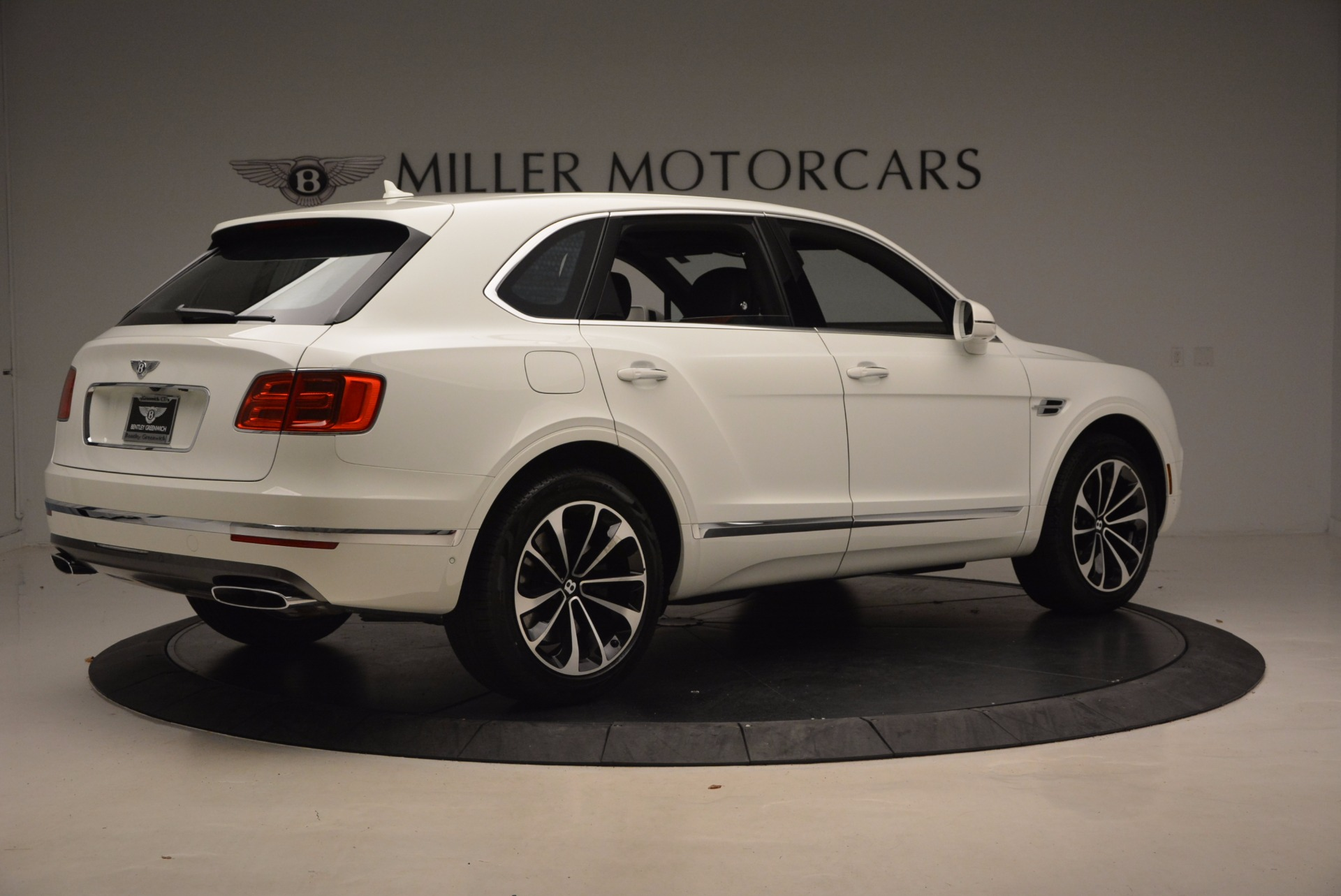 New 2018 Bentley Bentayga Onyx For Sale In Greenwich, CT 1548_p8