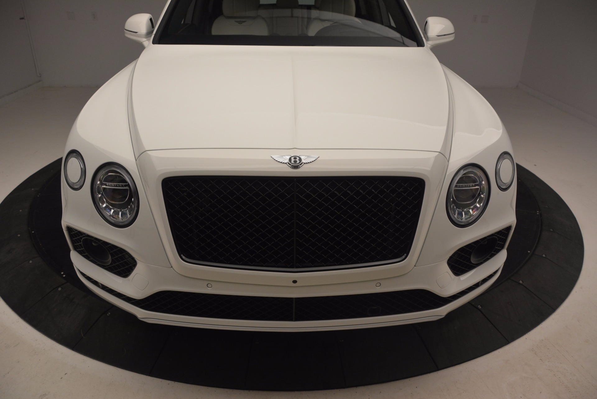 Used 2018 Bentley Bentayga Onyx For Sale In Greenwich, CT 1549_p13