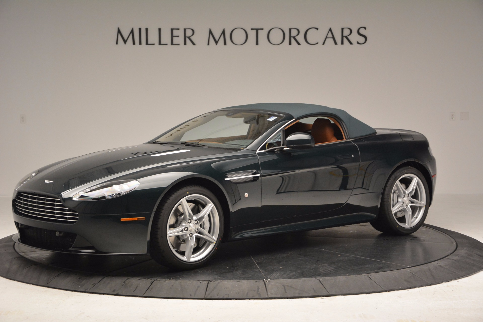 Used 2016 Aston Martin V8 Vantage S Roadster For Sale In Greenwich, CT 1550_p14
