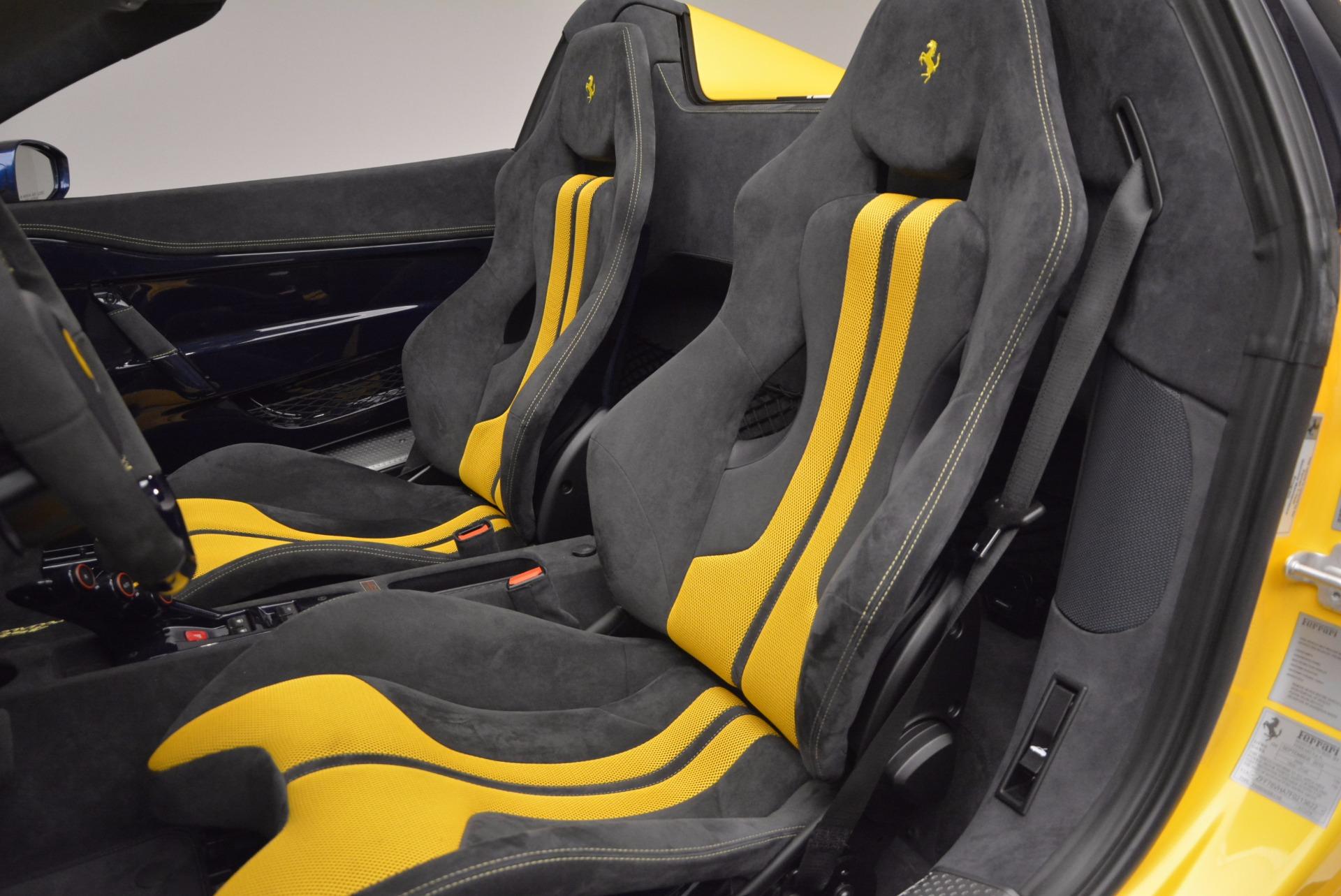 Used 2015 Ferrari 458 Speciale Aperta  For Sale In Greenwich, CT 1555_p23