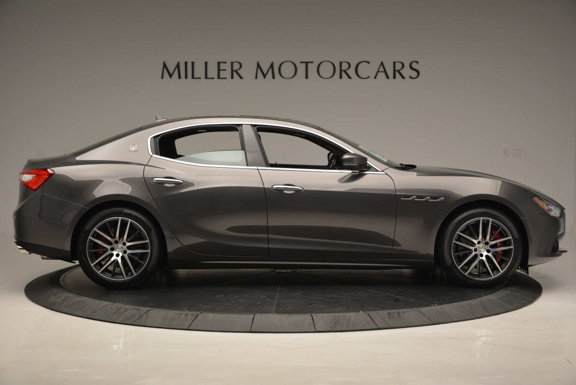 Used 2018 Maserati Ghibli S Q4 For Sale In Greenwich, CT 1566_p9