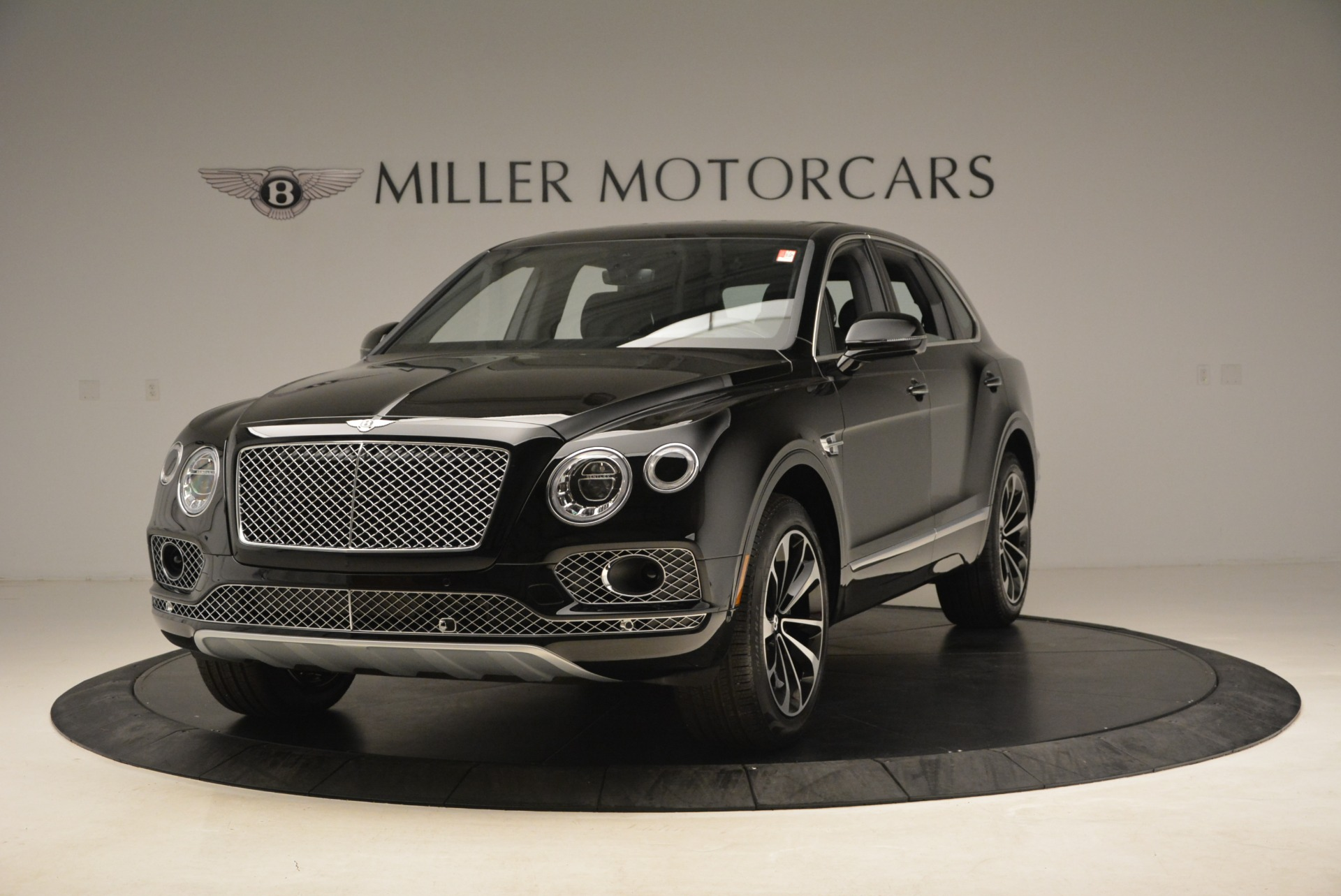 New 2018 Bentley Bentayga Onyx For Sale In Greenwich, CT 1579_main
