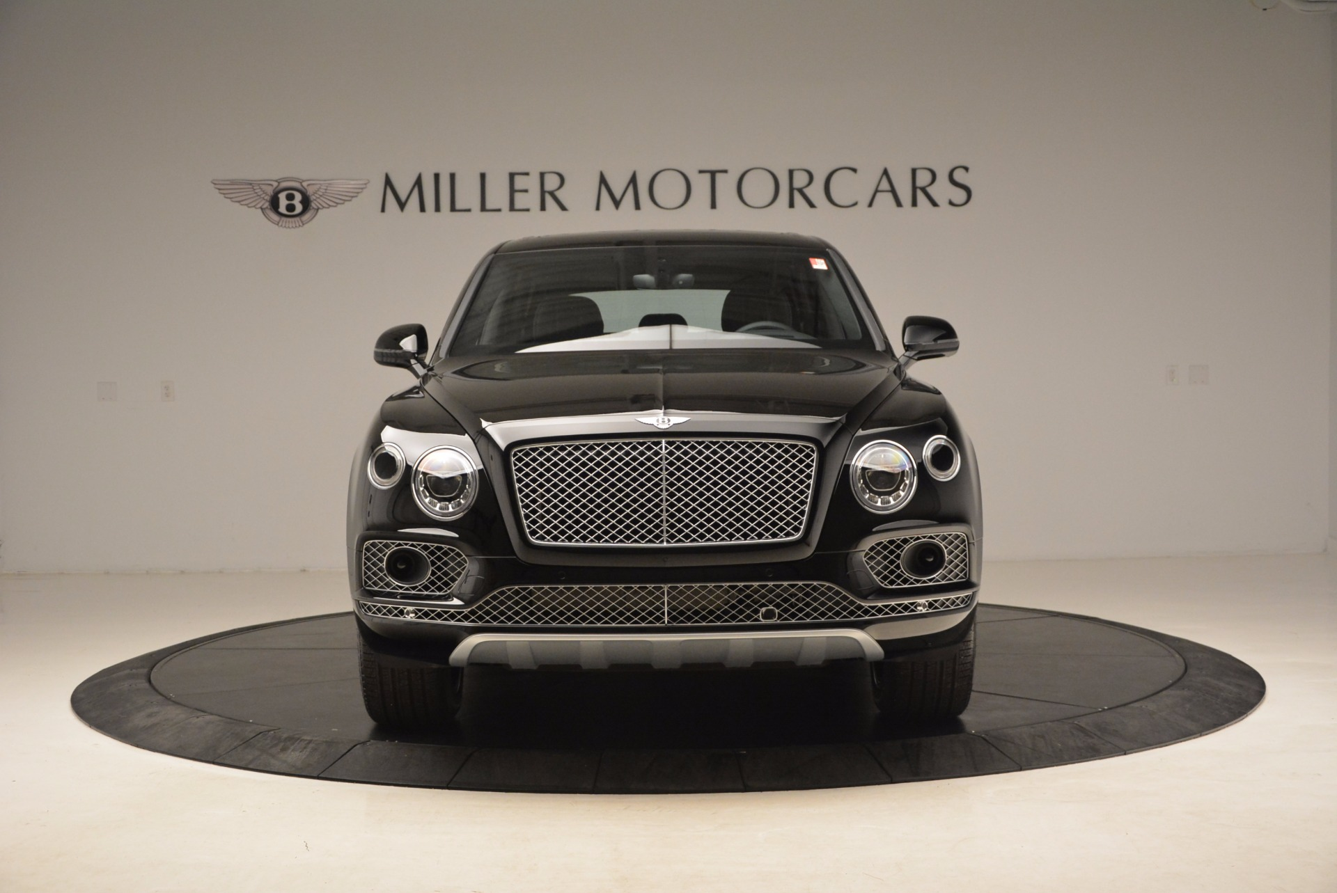 New 2018 Bentley Bentayga Onyx For Sale In Greenwich, CT 1579_p14