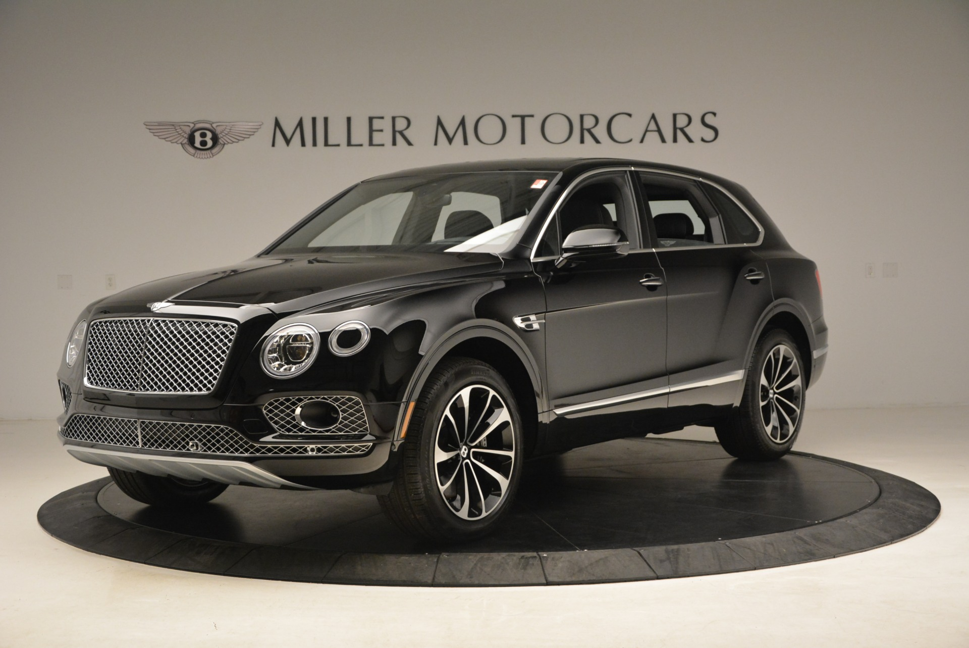 New 2018 Bentley Bentayga Onyx For Sale In Greenwich, CT 1579_p2