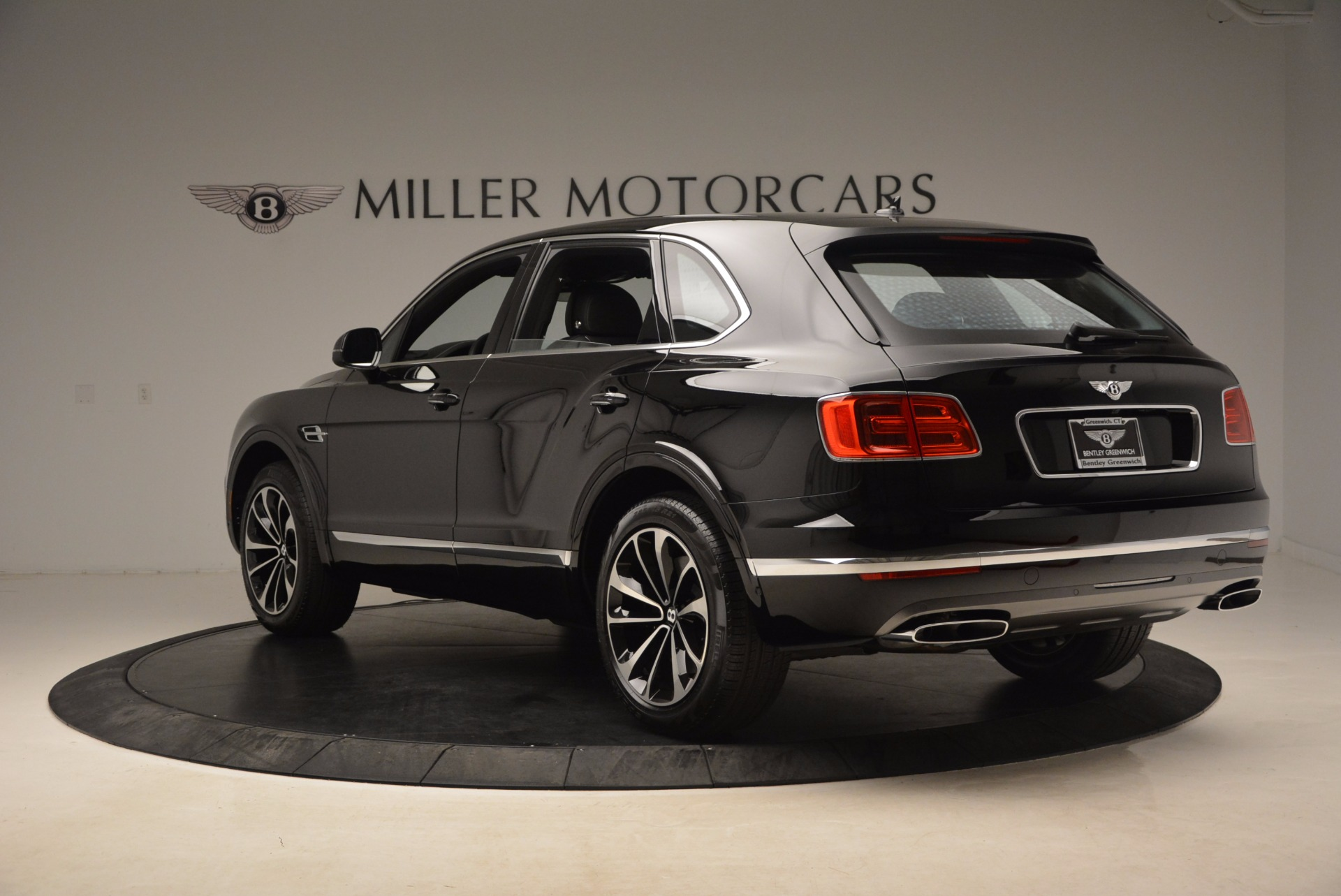 New 2018 Bentley Bentayga Onyx For Sale In Greenwich, CT 1579_p5