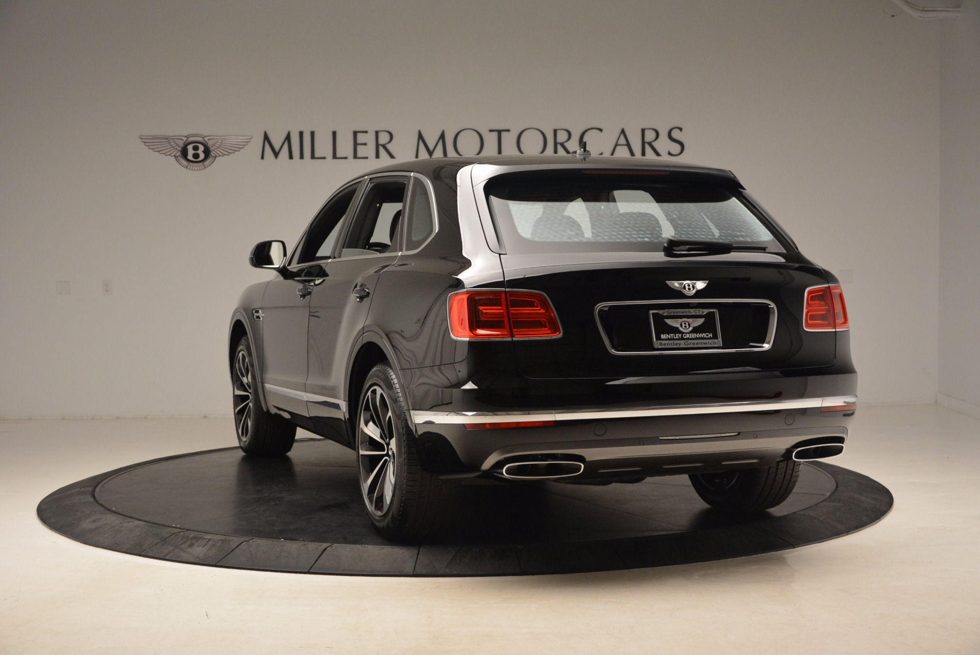 New 2018 Bentley Bentayga Onyx For Sale In Greenwich, CT 1579_p6