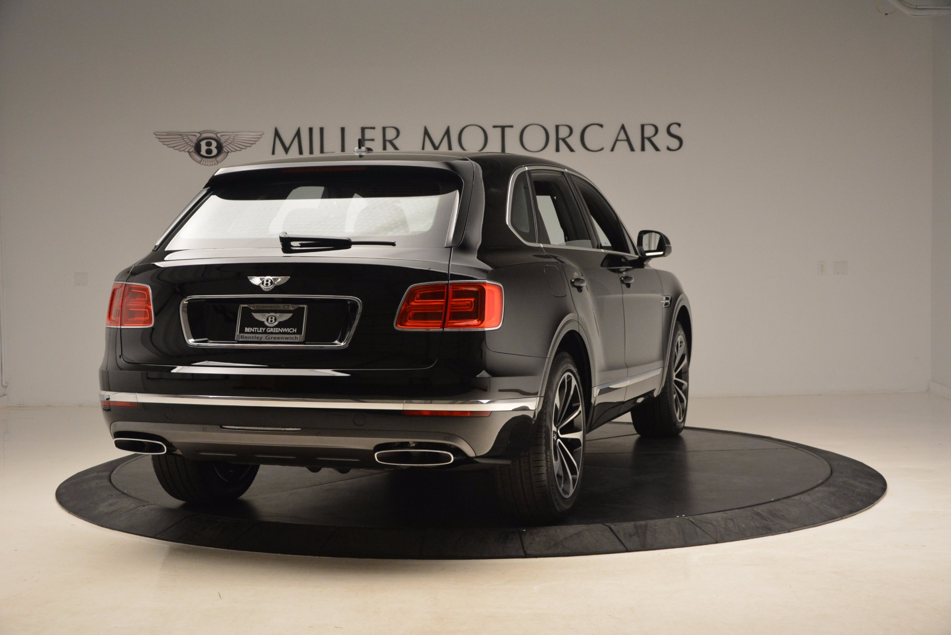 New 2018 Bentley Bentayga Onyx For Sale In Greenwich, CT 1579_p8
