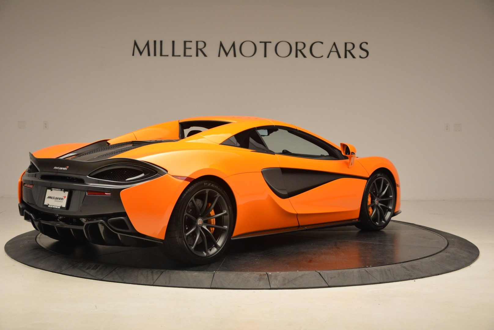 New 2018 McLaren 570S Spider  For Sale In Greenwich, CT 1580_p19