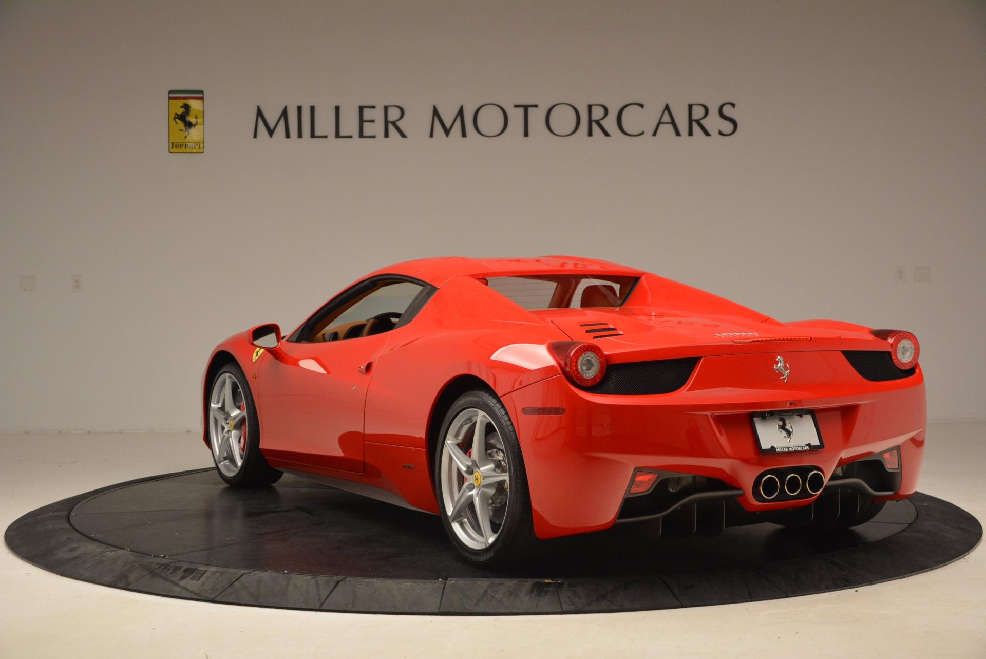 Used 2012 Ferrari 458 Spider  For Sale In Greenwich, CT 1581_p17