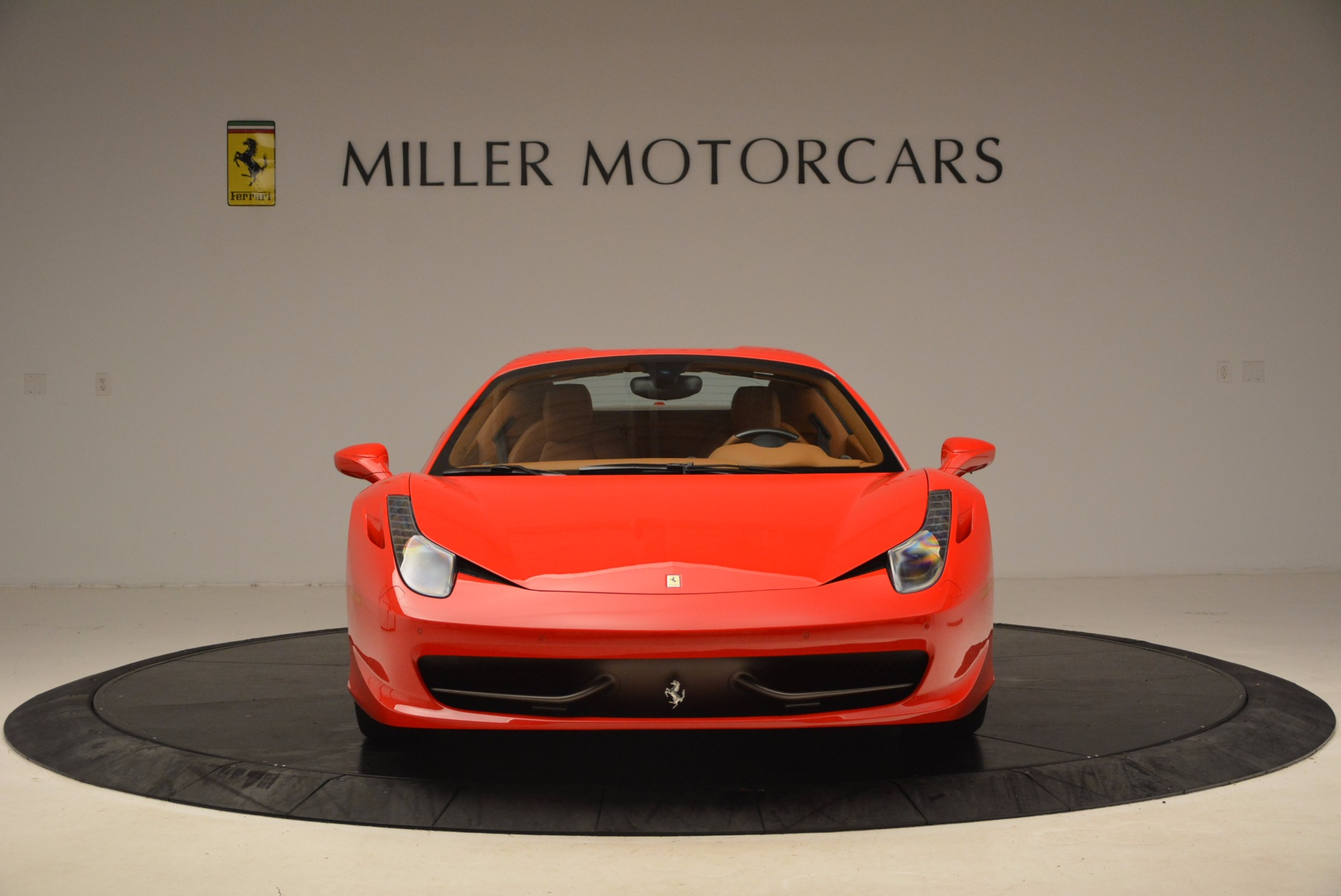 Used 2012 Ferrari 458 Spider  For Sale In Greenwich, CT 1581_p24