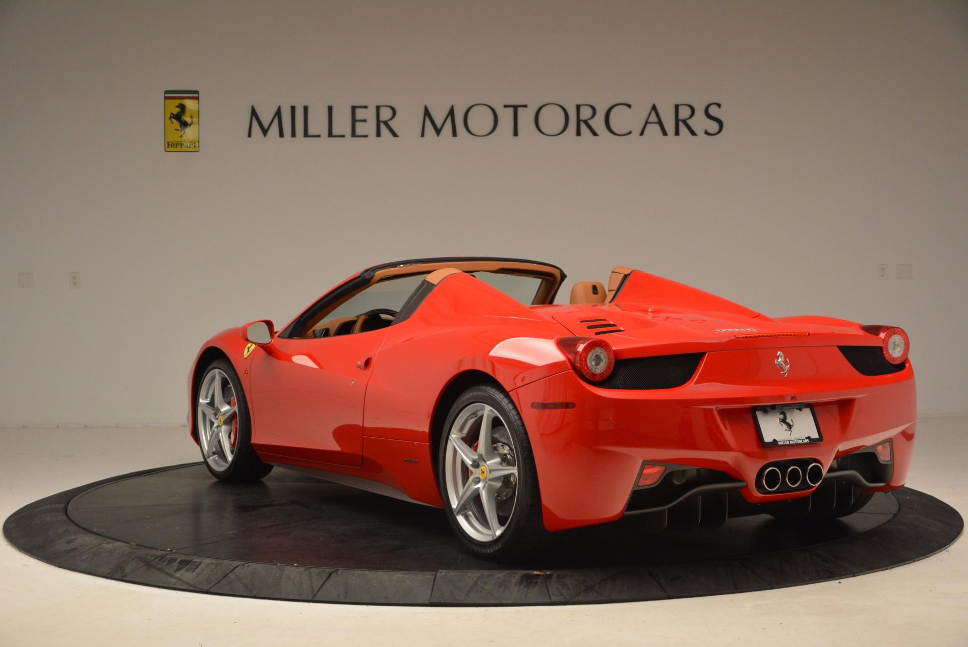 Used 2012 Ferrari 458 Spider  For Sale In Greenwich, CT 1581_p5