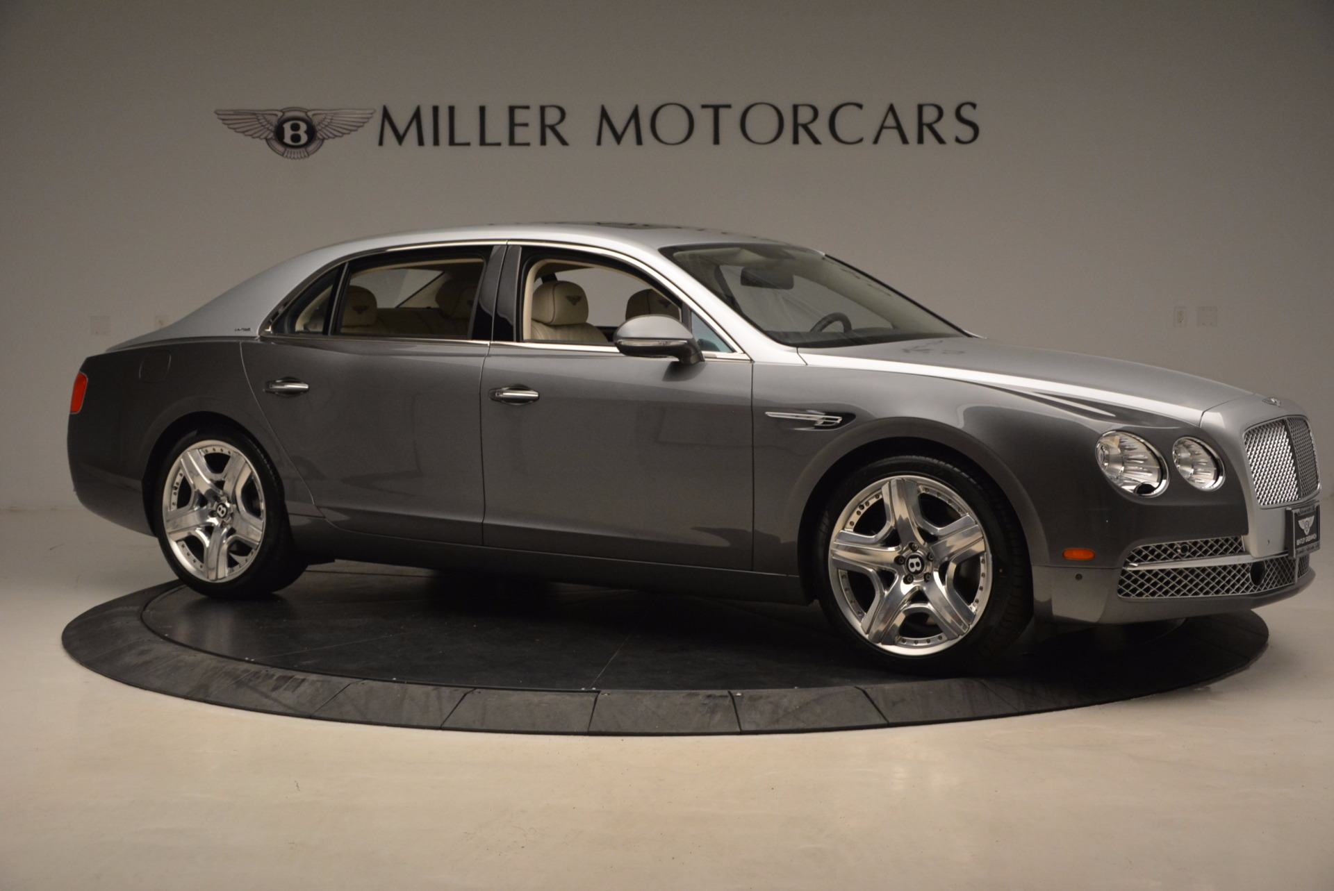 Used 2015 Bentley Flying Spur W12 For Sale In Greenwich, CT 1582_p10