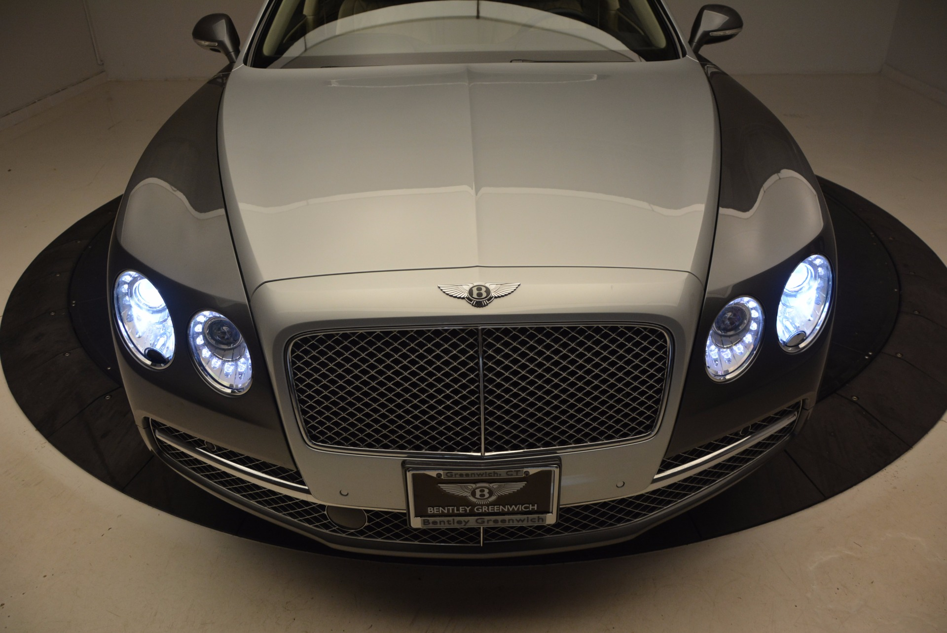 Used 2015 Bentley Flying Spur W12 For Sale In Greenwich, CT 1582_p17