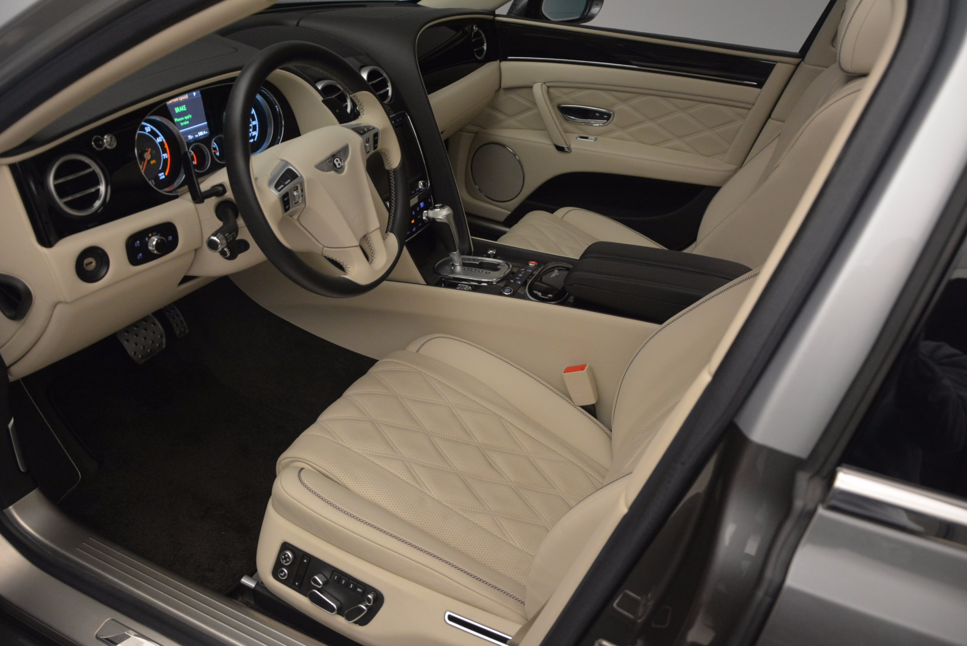 Used 2015 Bentley Flying Spur W12 For Sale In Greenwich, CT 1582_p22