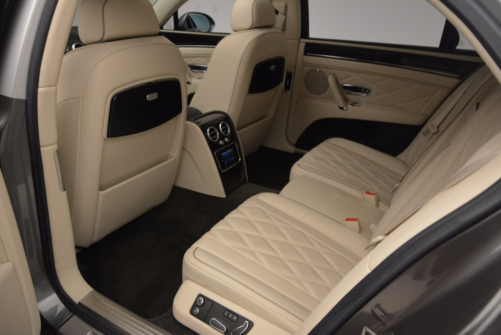 Used 2015 Bentley Flying Spur W12 For Sale In Greenwich, CT 1582_p29