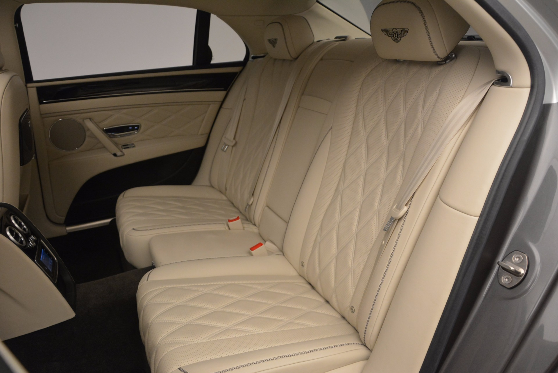 Used 2015 Bentley Flying Spur W12 For Sale In Greenwich, CT 1582_p31
