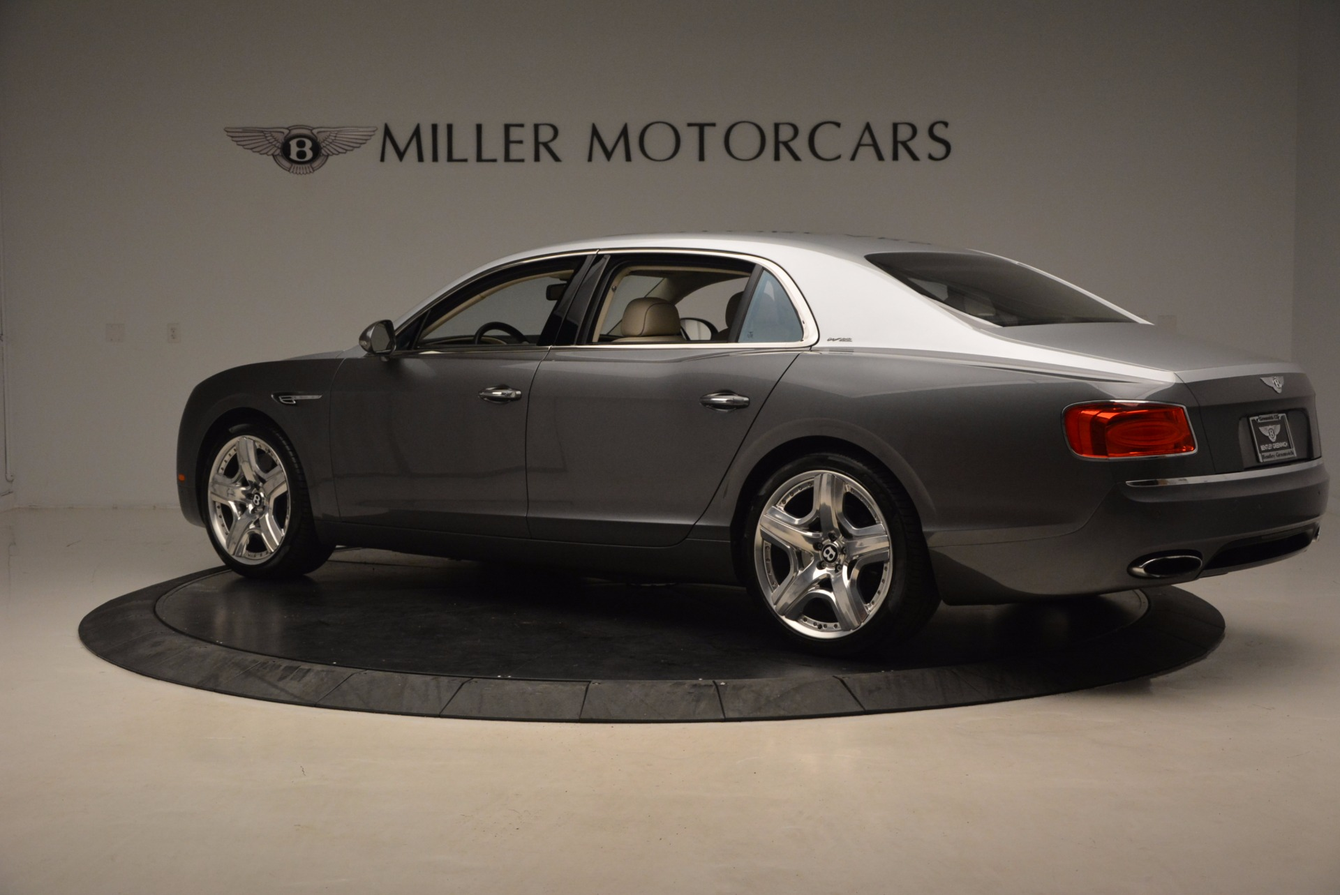 Used 2015 Bentley Flying Spur W12 For Sale In Greenwich, CT 1582_p4