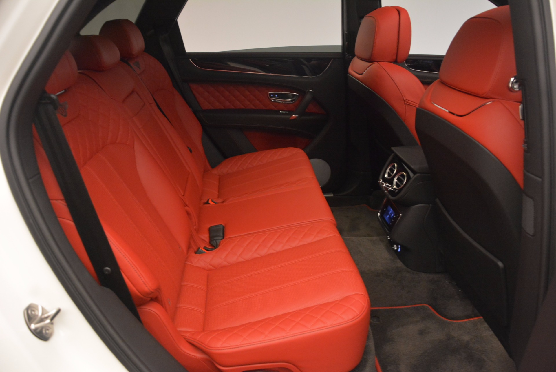 Used 2018 Bentley Bentayga Signature For Sale In Greenwich, CT 1585_p36