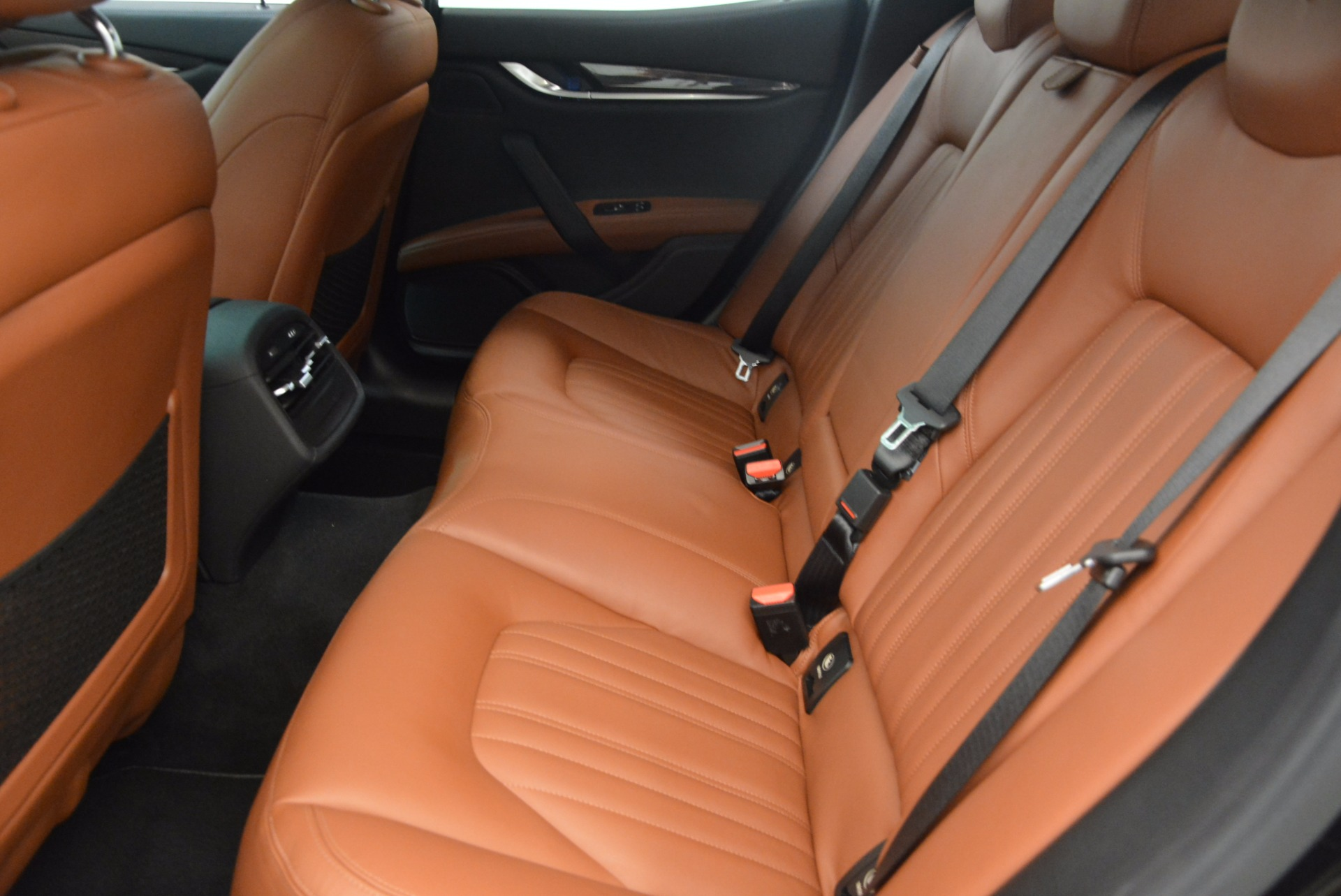 Used 2014 Maserati Ghibli S Q4 For Sale In Greenwich, CT 1587_p18