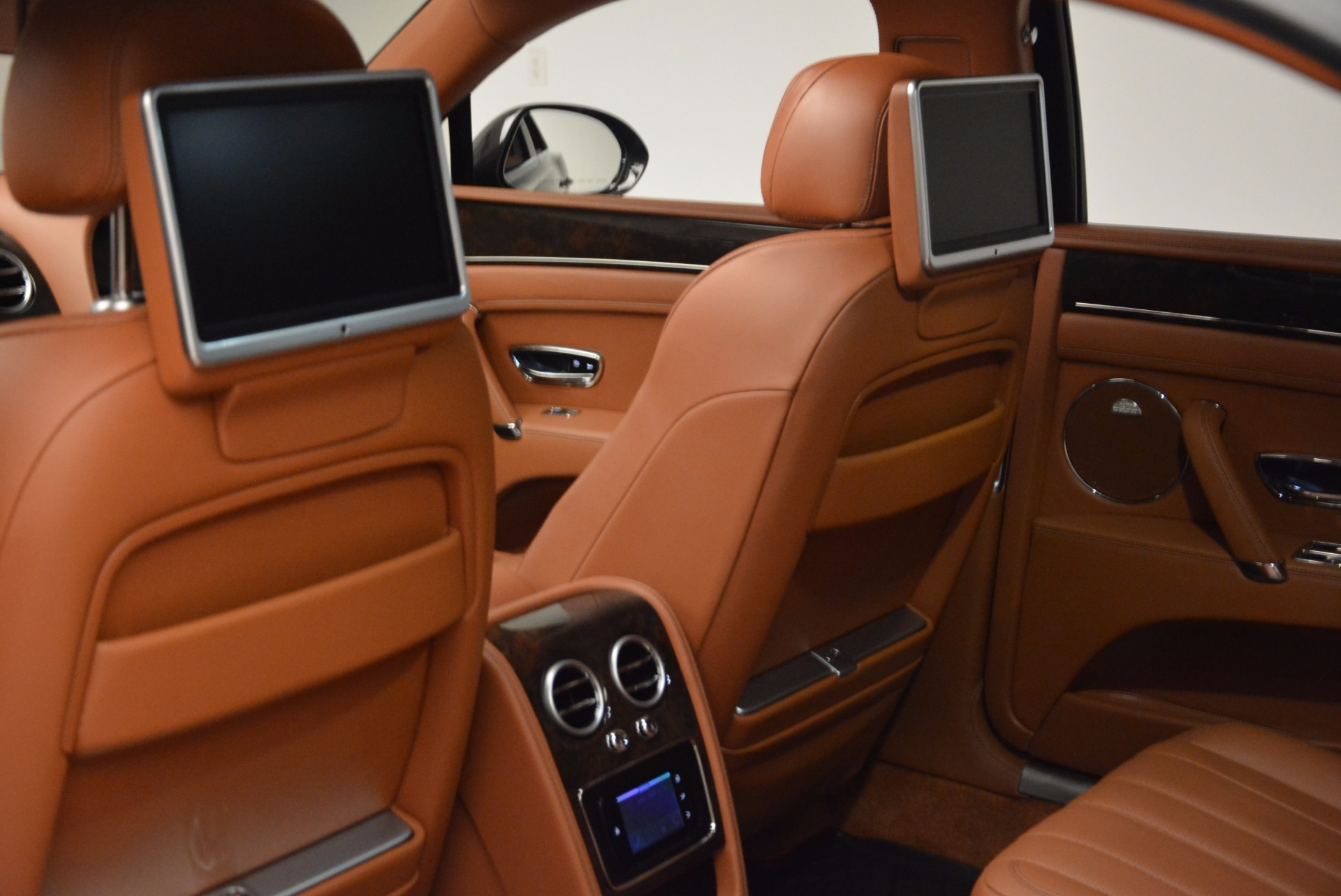 Used 2014 Bentley Flying Spur W12 For Sale In Greenwich, CT 1598_p32