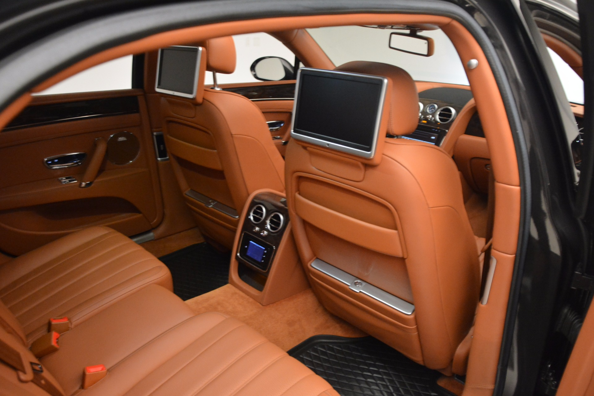 Used 2014 Bentley Flying Spur W12 For Sale In Greenwich, CT 1598_p36