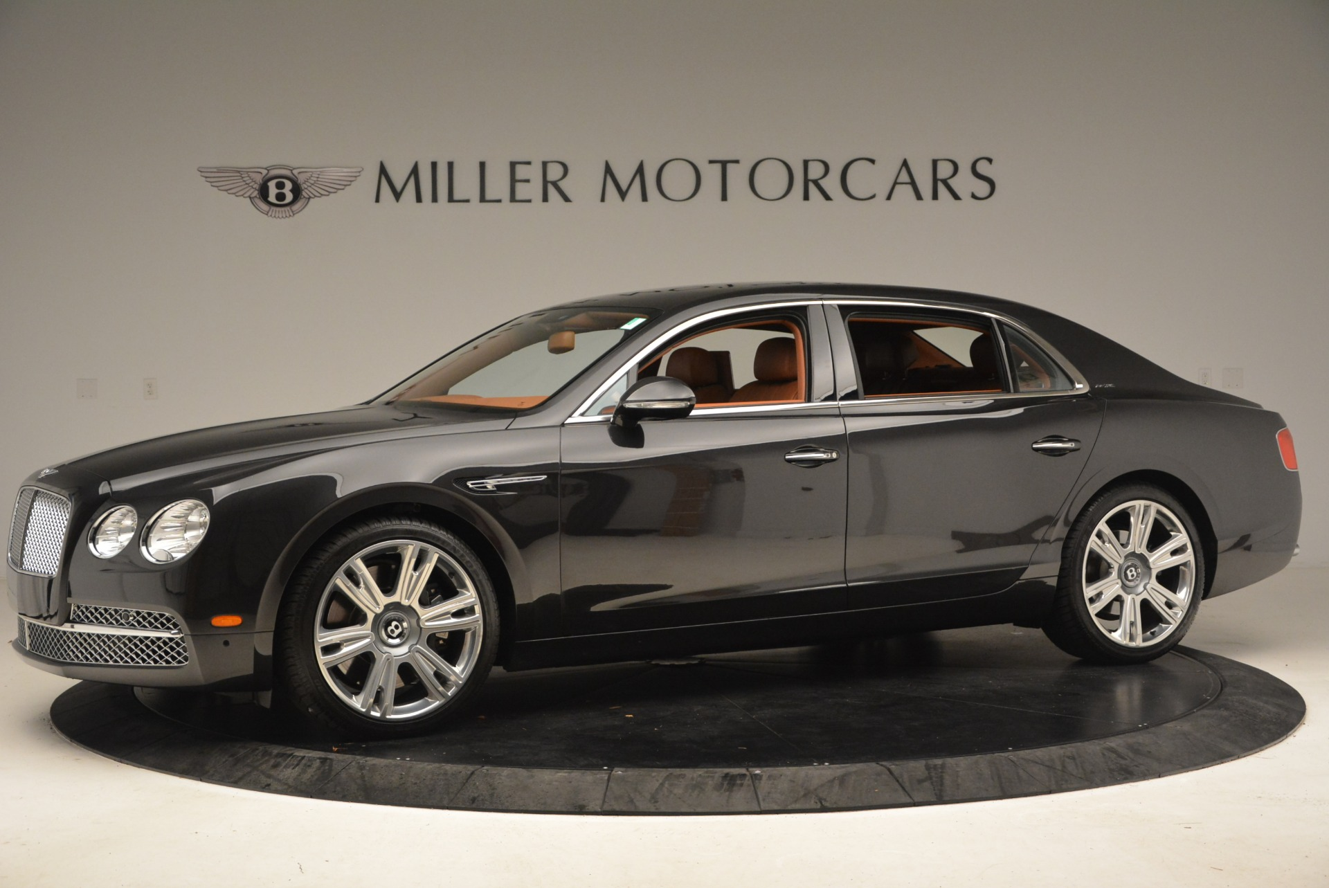Used 2014 Bentley Flying Spur W12 For Sale In Greenwich, CT 1598_p3