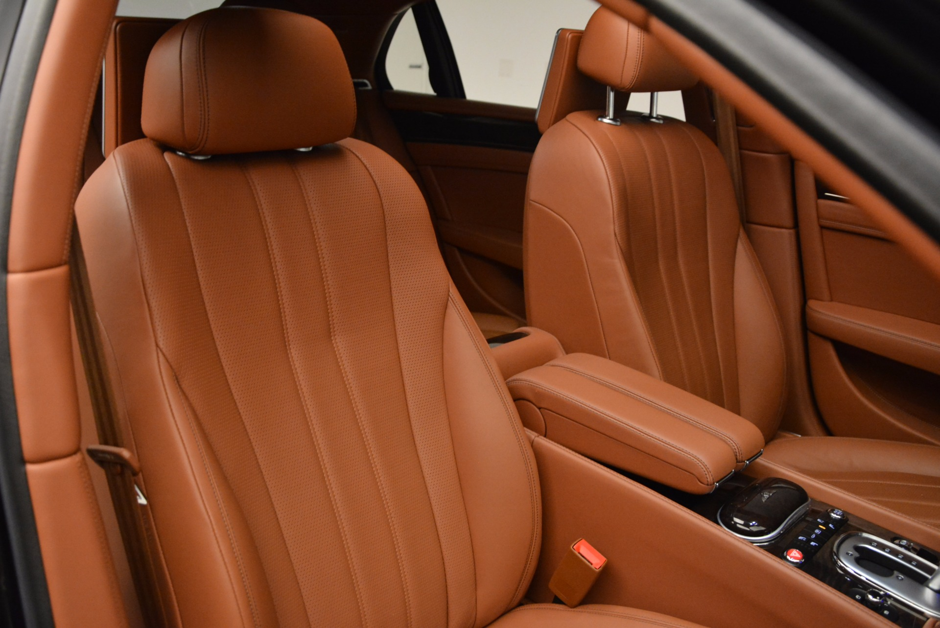 Used 2014 Bentley Flying Spur W12 For Sale In Greenwich, CT 1598_p41