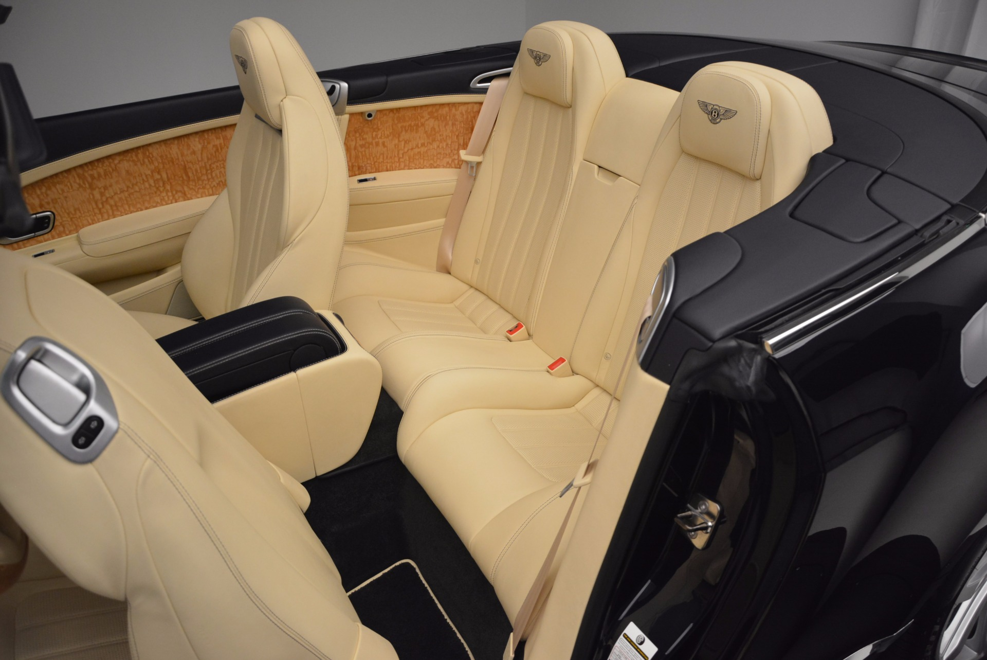 Used 2012 Bentley Continental GTC  For Sale In Greenwich, CT 16_p37