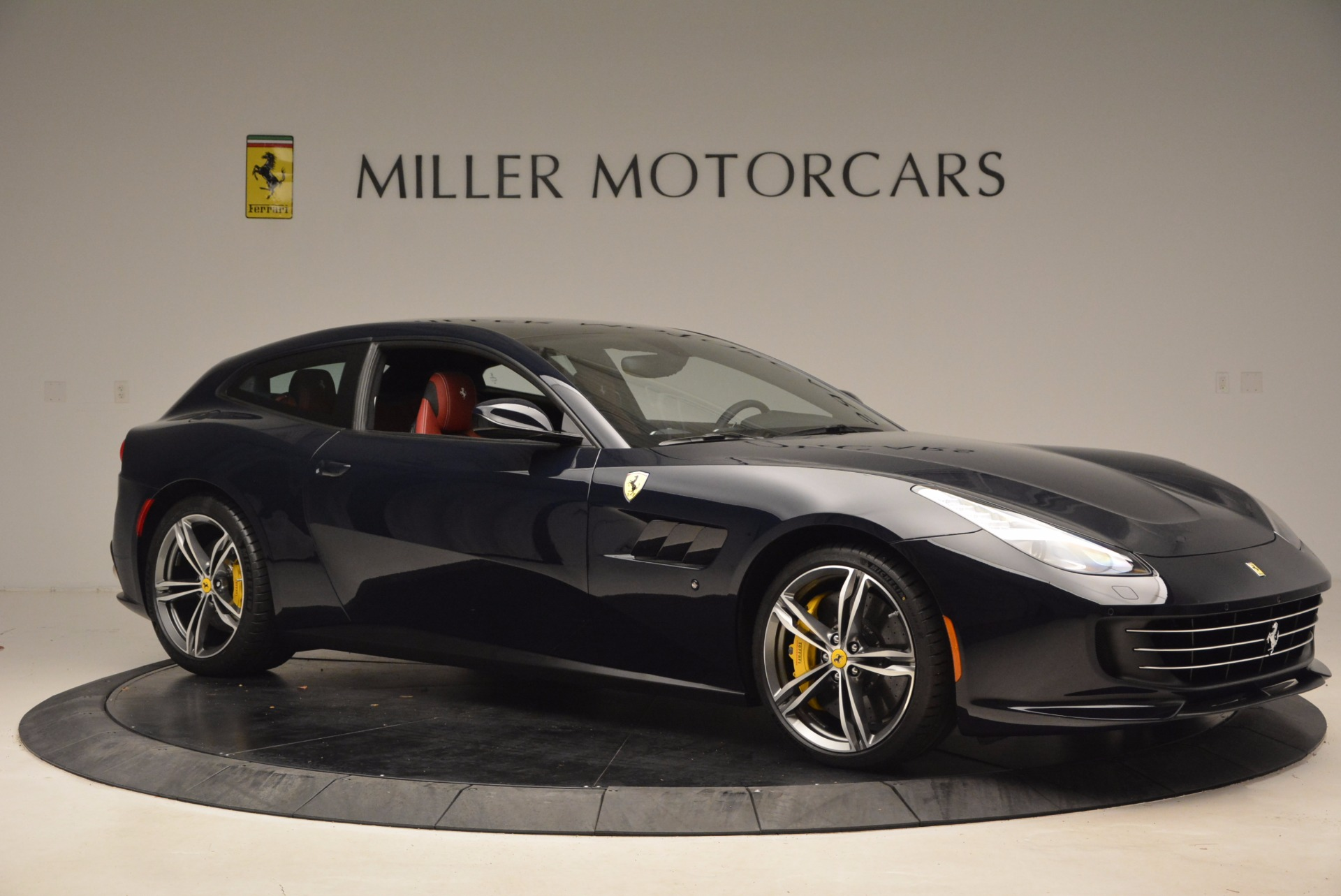 Used 2017 Ferrari GTC4Lusso  For Sale In Greenwich, CT 1601_p10