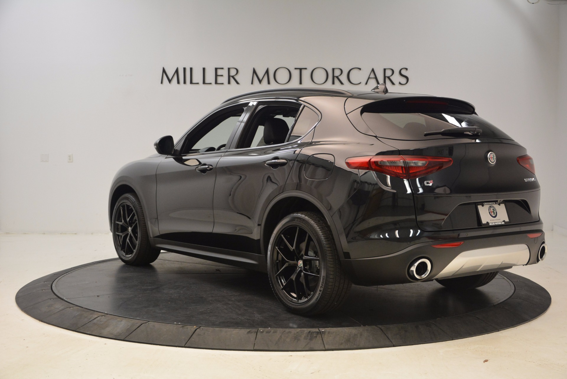 New 2018 Alfa Romeo Stelvio Ti Sport Q4 For Sale In Greenwich, CT 1605_p5