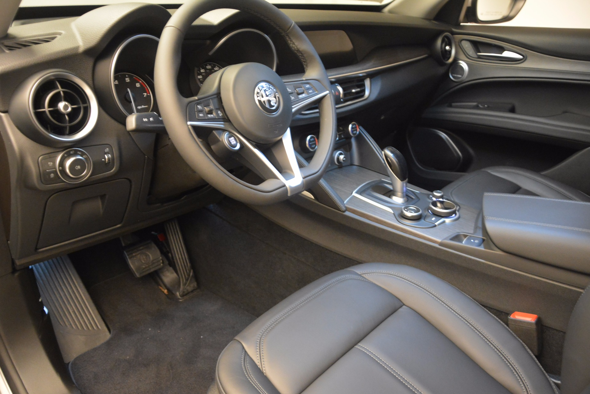 New 2018 Alfa Romeo Stelvio Ti Q4 For Sale In Greenwich, CT 1606_p13