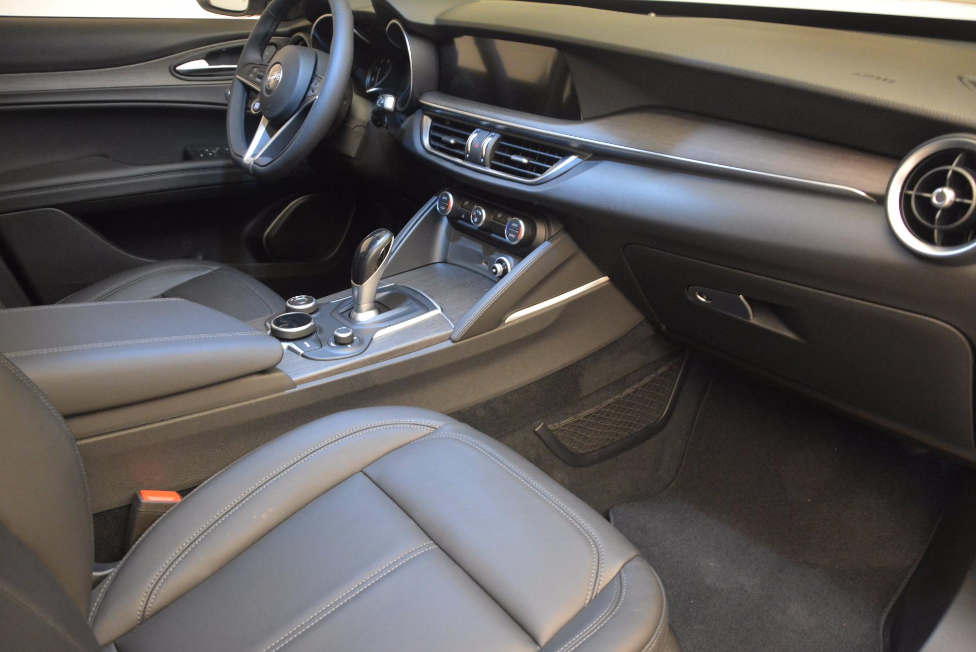 New 2018 Alfa Romeo Stelvio Ti Q4 For Sale In Greenwich, CT 1606_p19