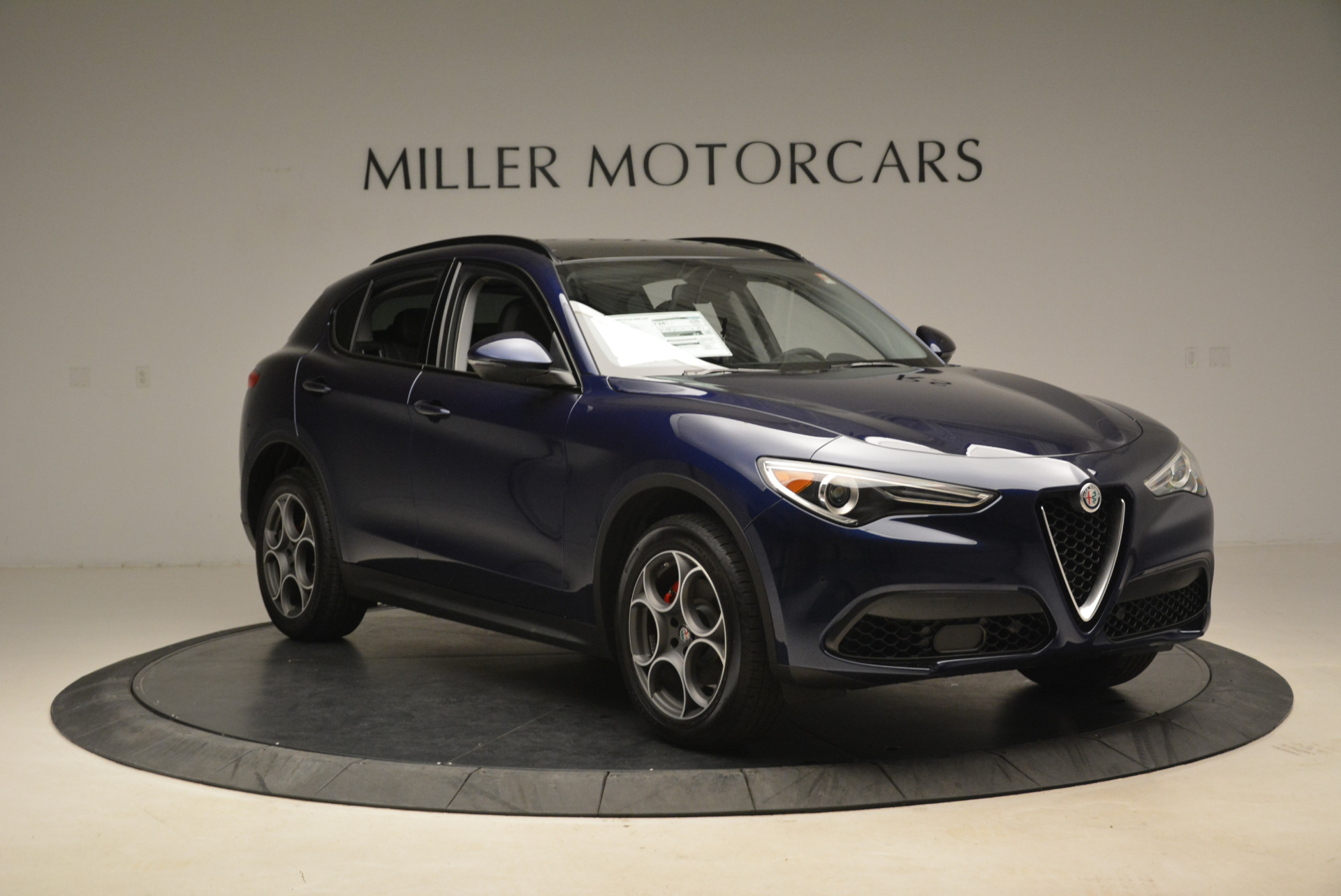 New 2018 Alfa Romeo Stelvio Sport Q4 For Sale In Greenwich, CT 1611_p11