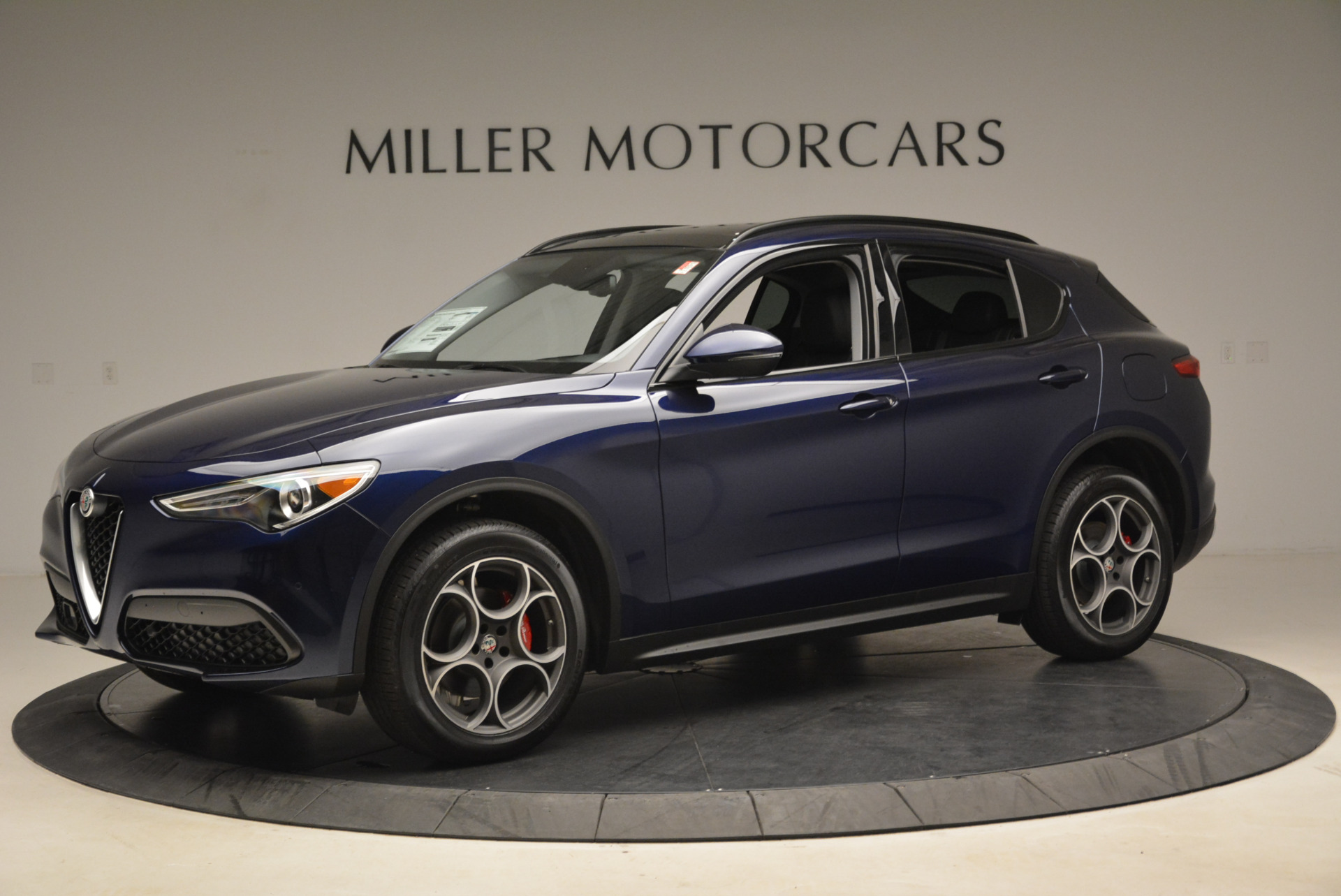 New 2018 Alfa Romeo Stelvio Sport Q4 For Sale In Greenwich, CT 1611_p2
