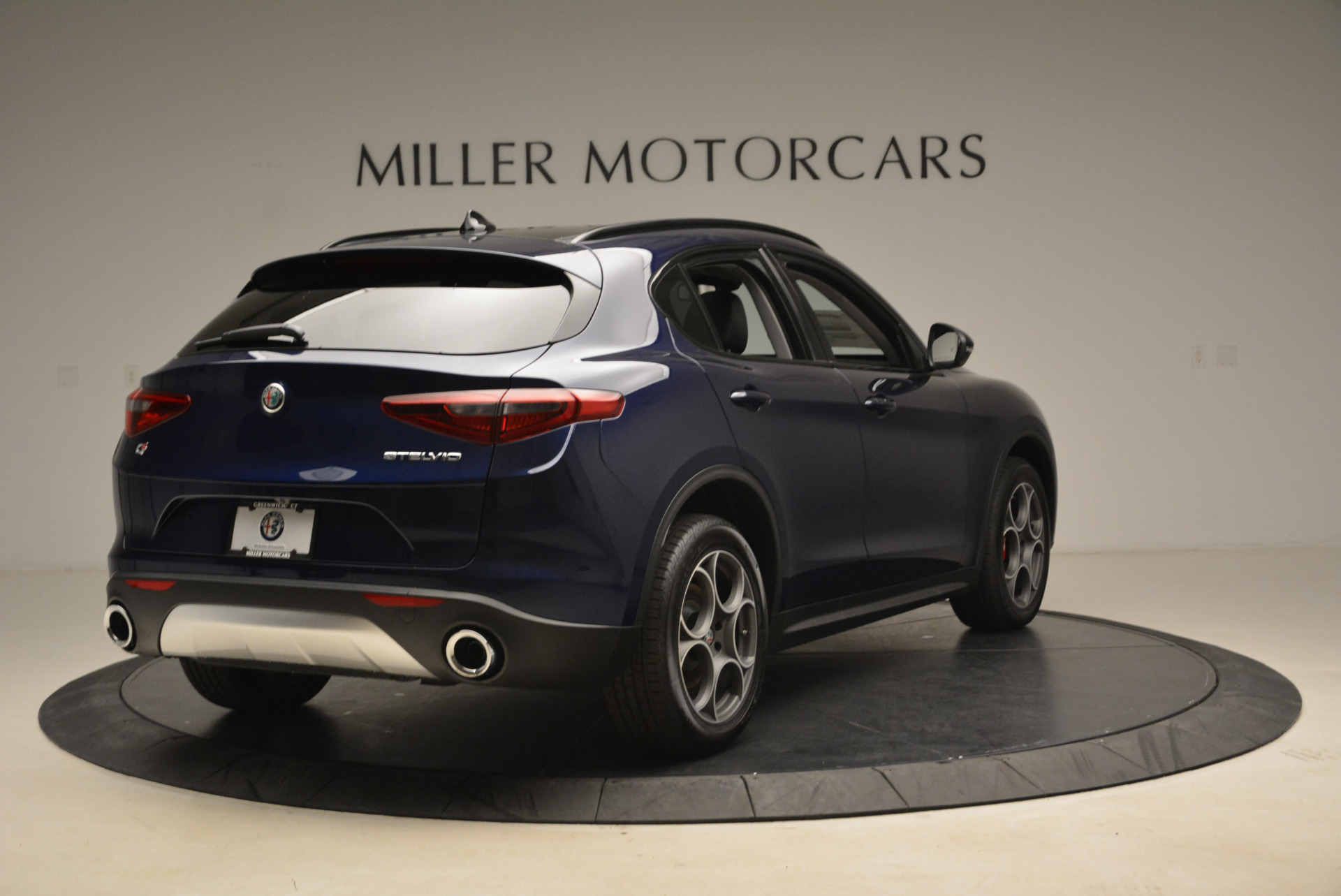 New 2018 Alfa Romeo Stelvio Sport Q4 For Sale In Greenwich, CT 1611_p7