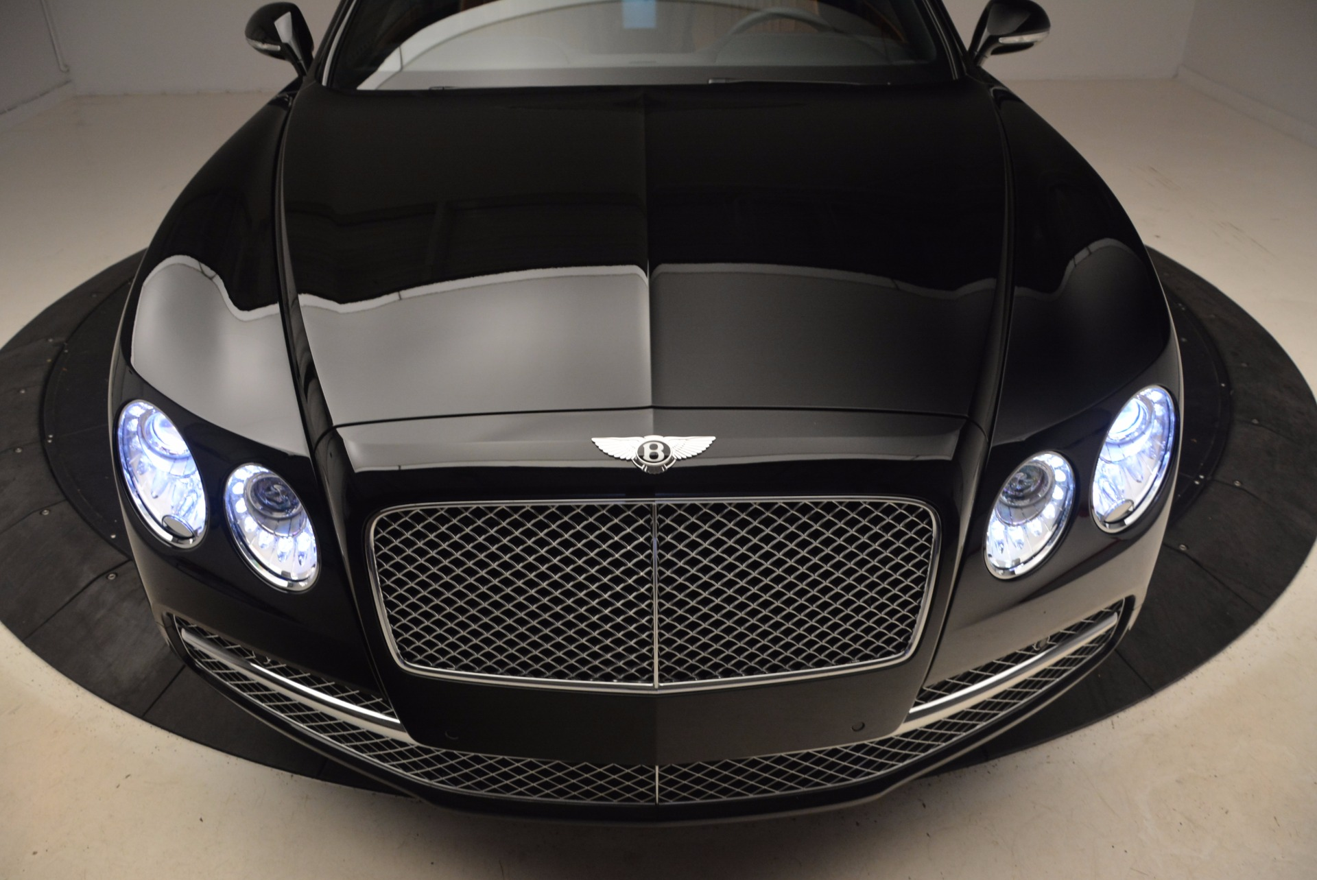 New 2017 Bentley Flying Spur W12 For Sale In Greenwich, CT 1616_p18