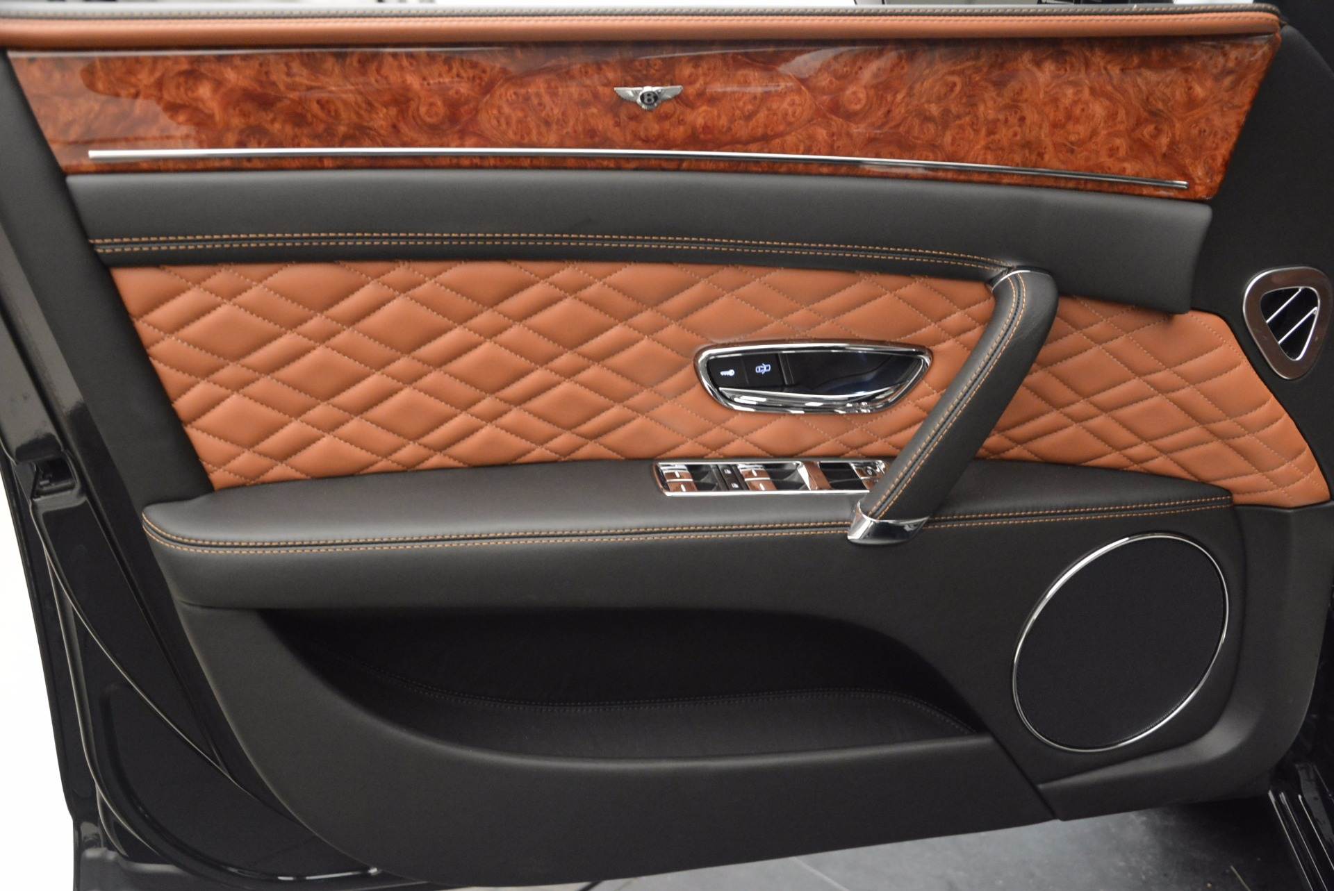 New 2017 Bentley Flying Spur W12 For Sale In Greenwich, CT 1616_p21