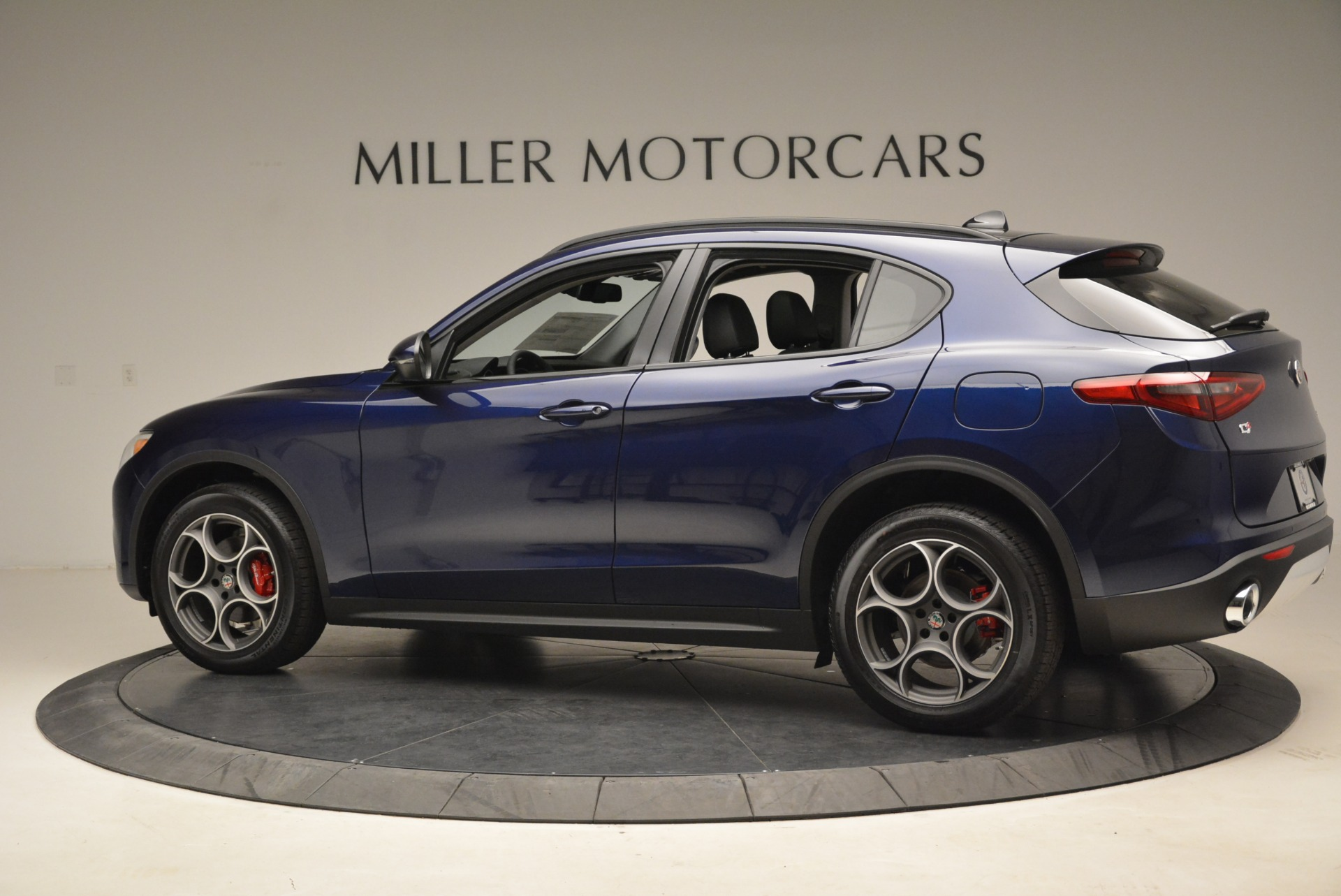 New 2018 Alfa Romeo Stelvio Sport Q4 For Sale In Greenwich, CT 1620_p4