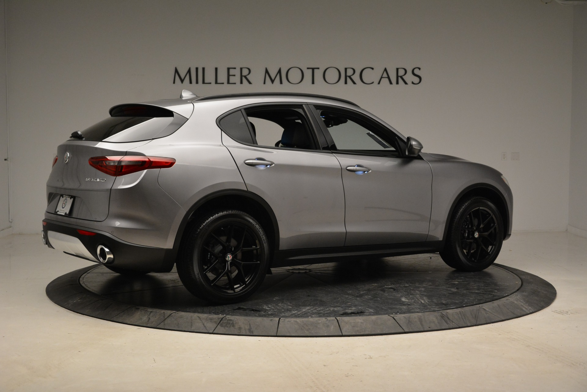 New 2018 Alfa Romeo Stelvio Ti Sport Q4 For Sale In Greenwich, CT 1621_p8