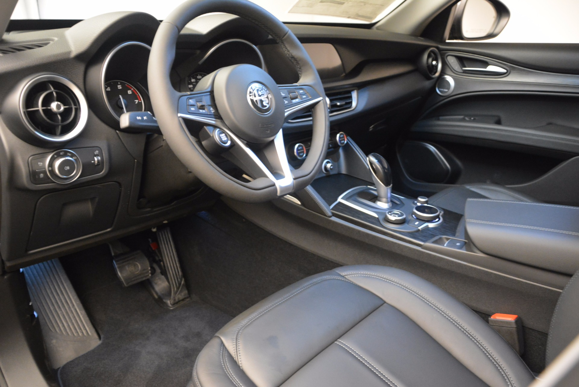 New 2018 Alfa Romeo Stelvio Q4 For Sale In Greenwich, CT 1625_p13