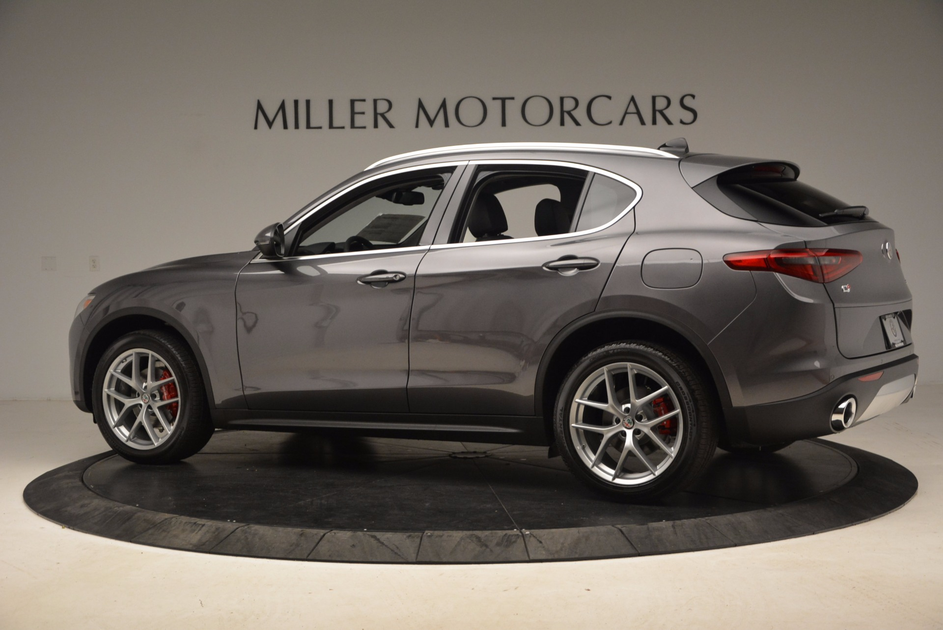 New 2018 Alfa Romeo Stelvio Q4 For Sale In Greenwich, CT 1625_p4