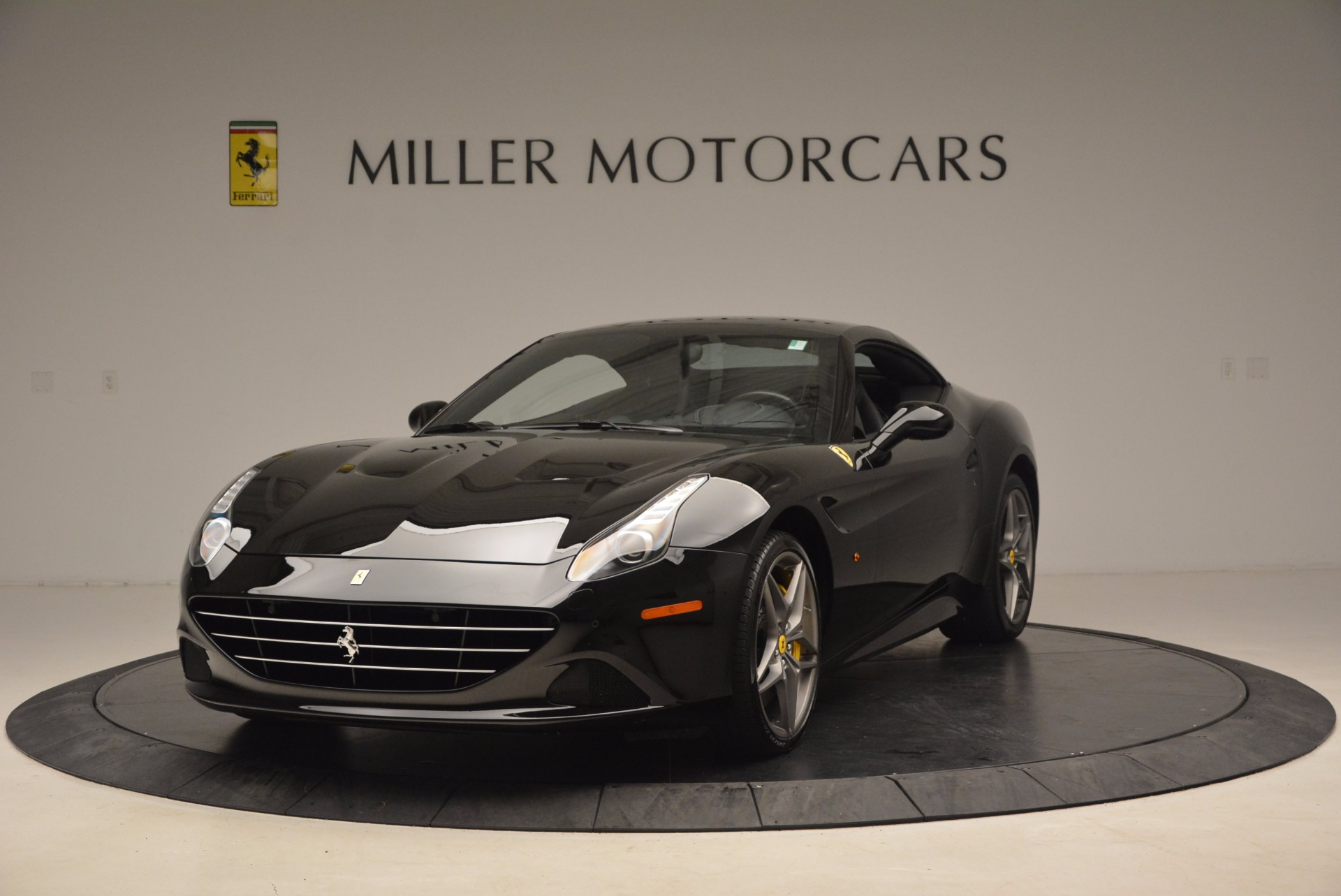 Used 2016 Ferrari California T  For Sale In Greenwich, CT 1630_p13