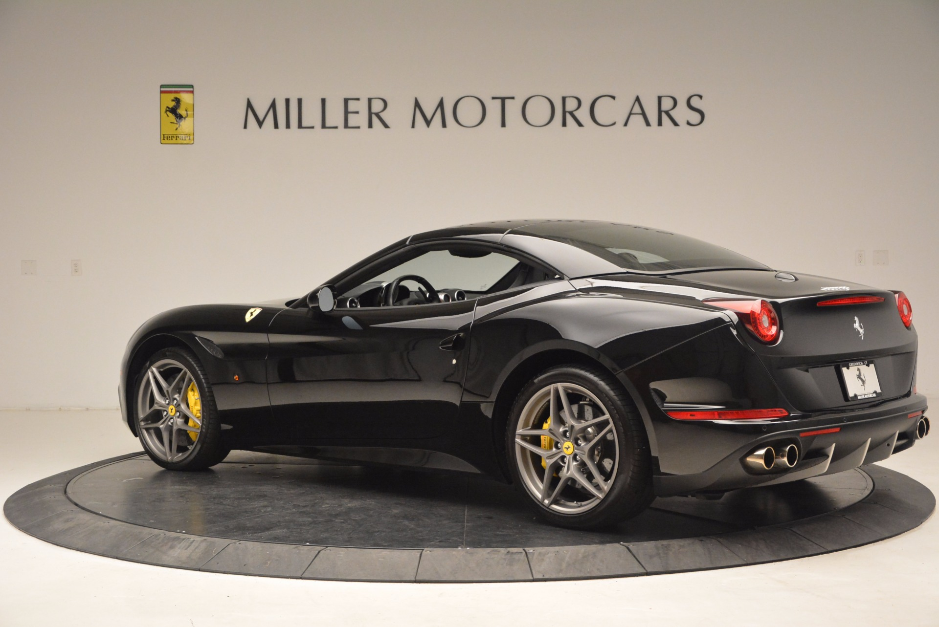Used 2016 Ferrari California T  For Sale In Greenwich, CT 1630_p16