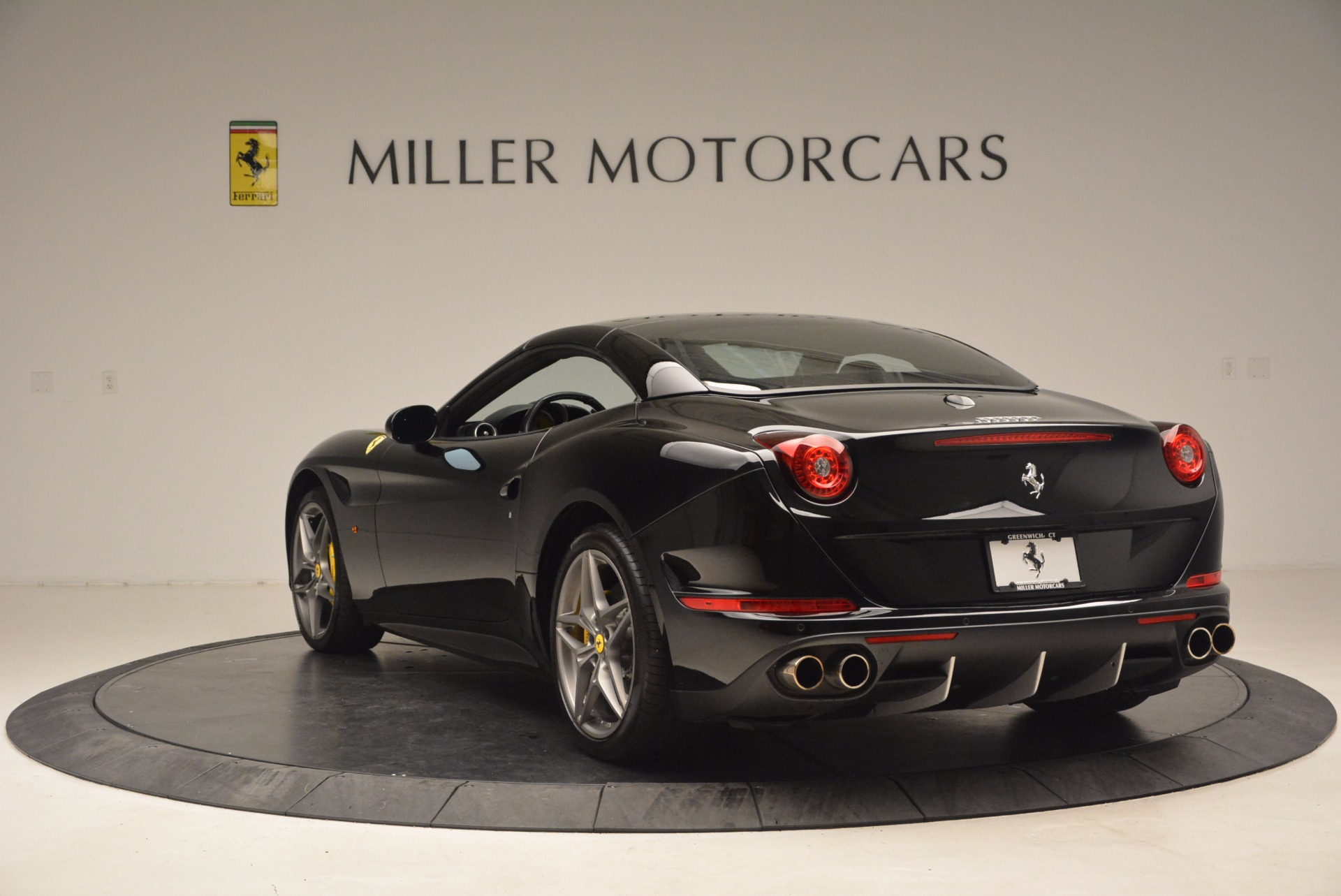 Used 2016 Ferrari California T  For Sale In Greenwich, CT 1630_p17
