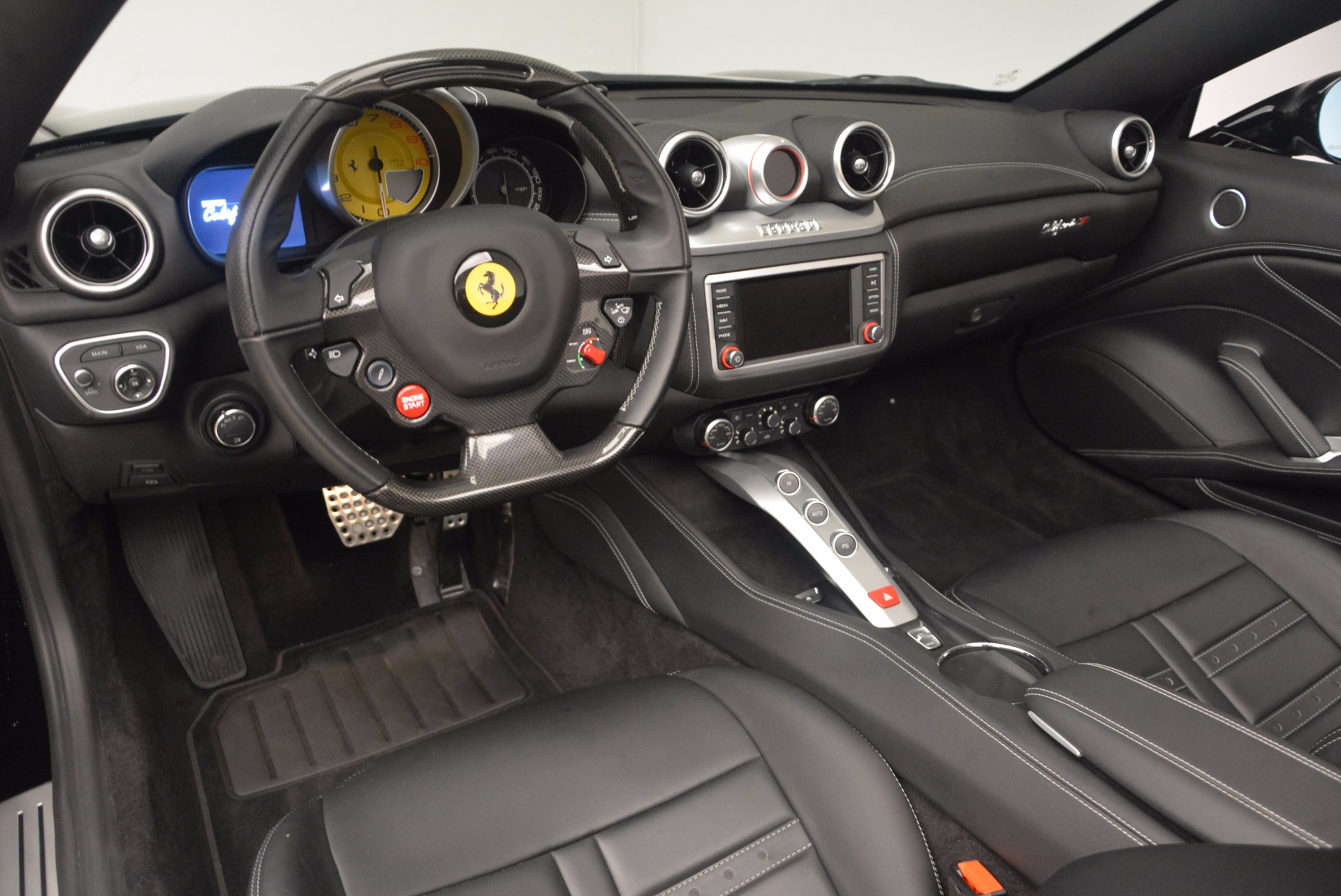 Used 2016 Ferrari California T  For Sale In Greenwich, CT 1630_p25