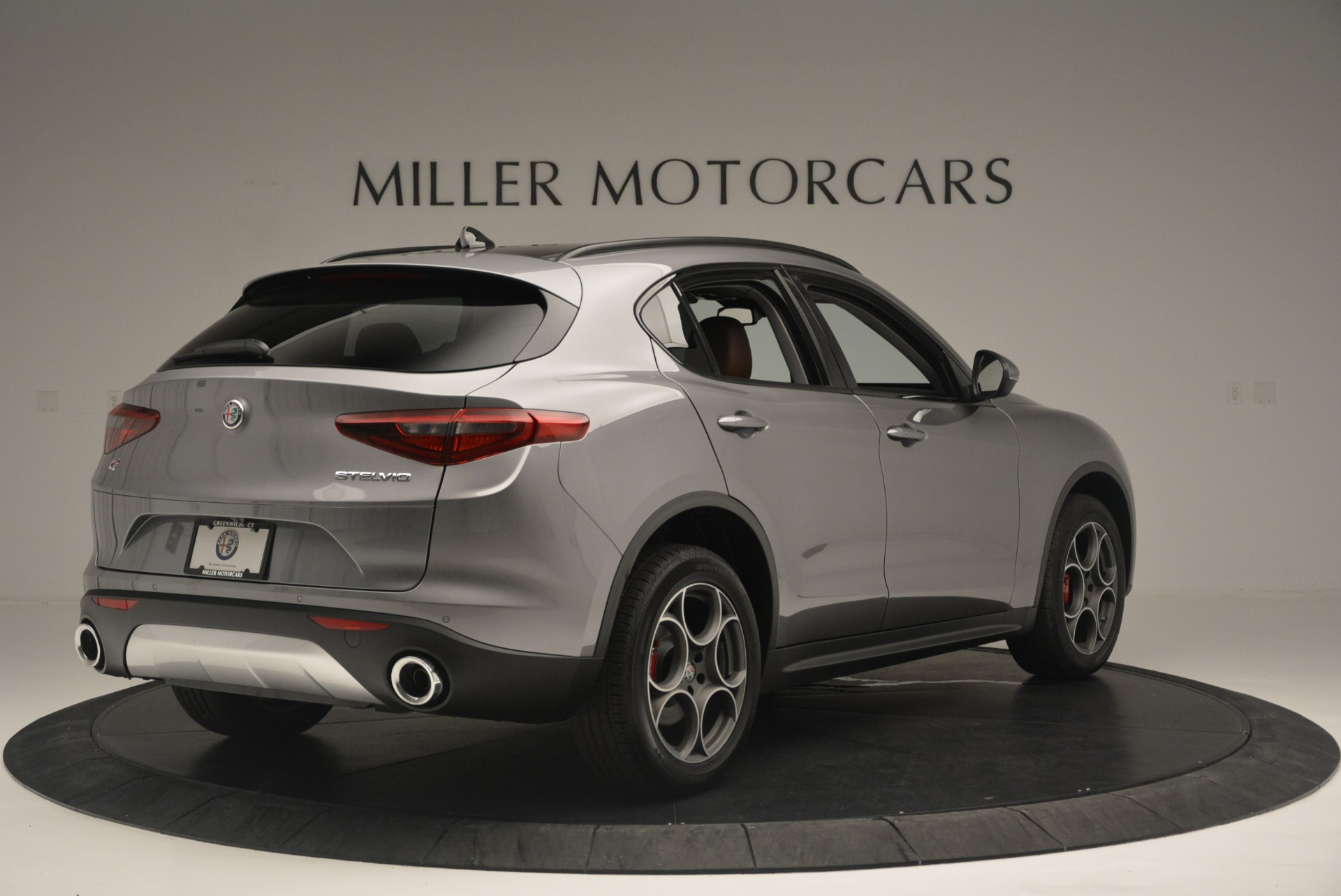 New 2018 Alfa Romeo Stelvio Sport Q4 For Sale In Greenwich, CT 1638_p6